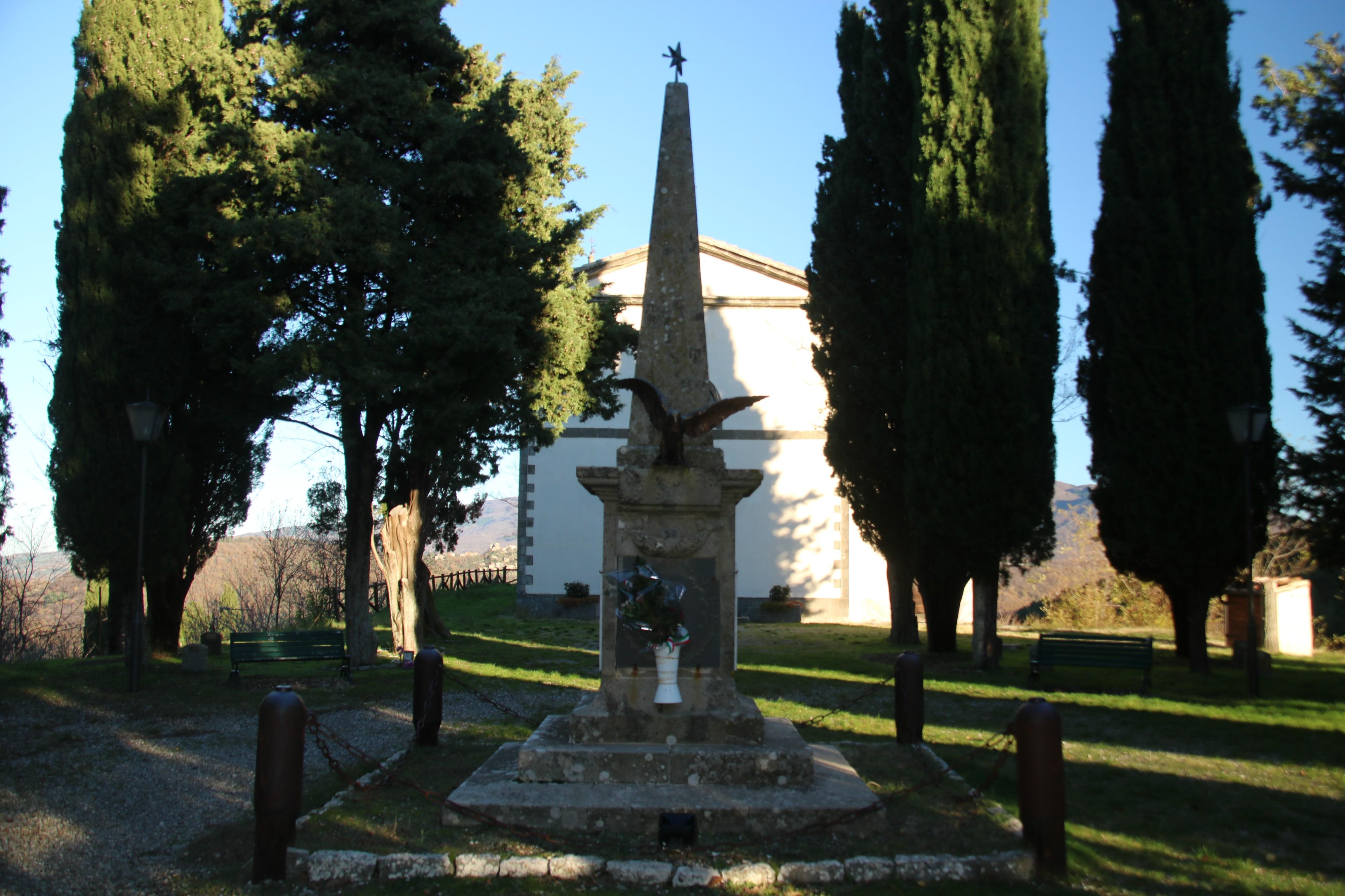 Monumento ai Caduti (Monticello Amiata) 02.jpg