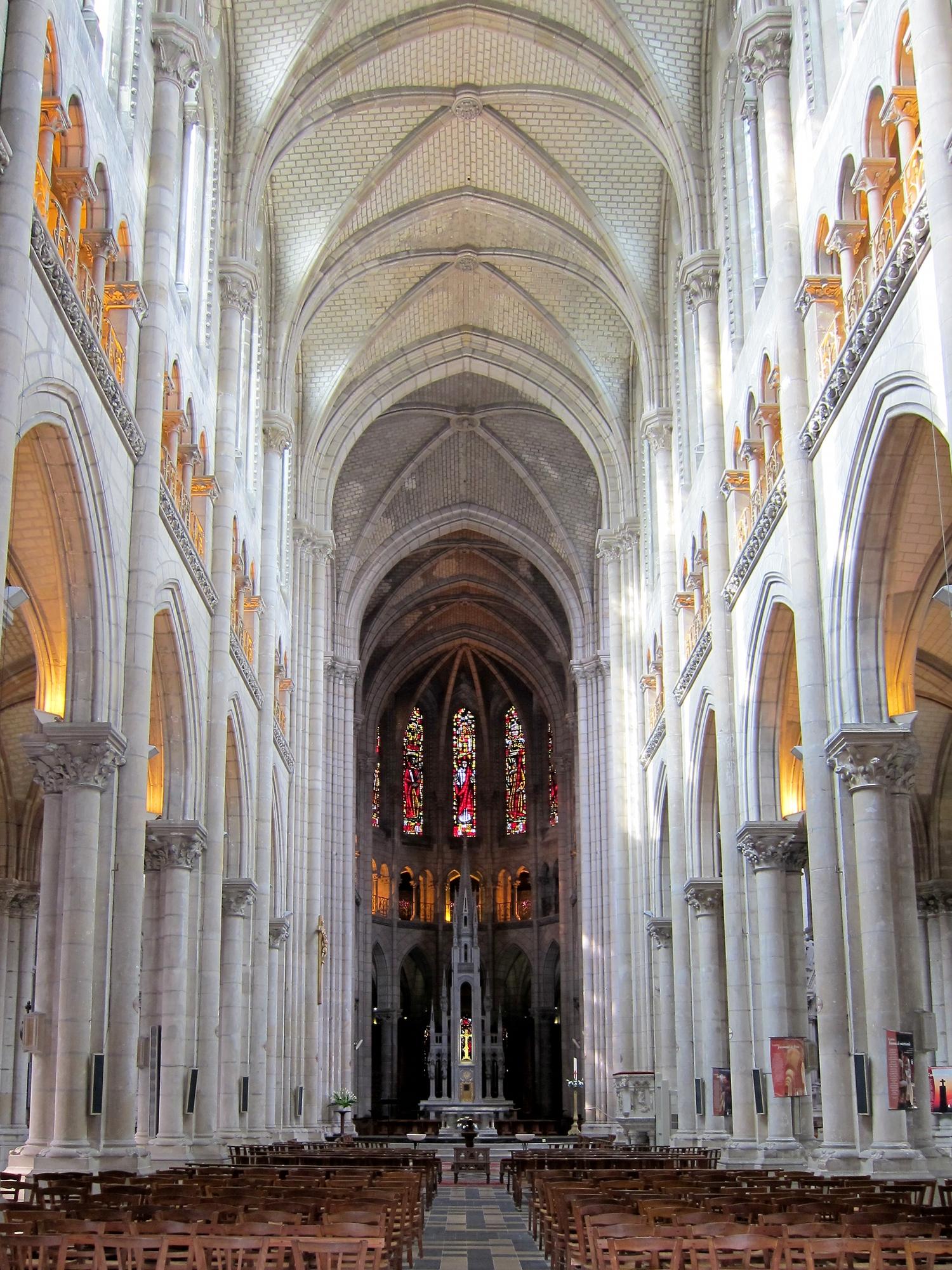 File nantes eglise st nicolas nef jpg wikimedia commons - Basilique de saint nicolas de port ...