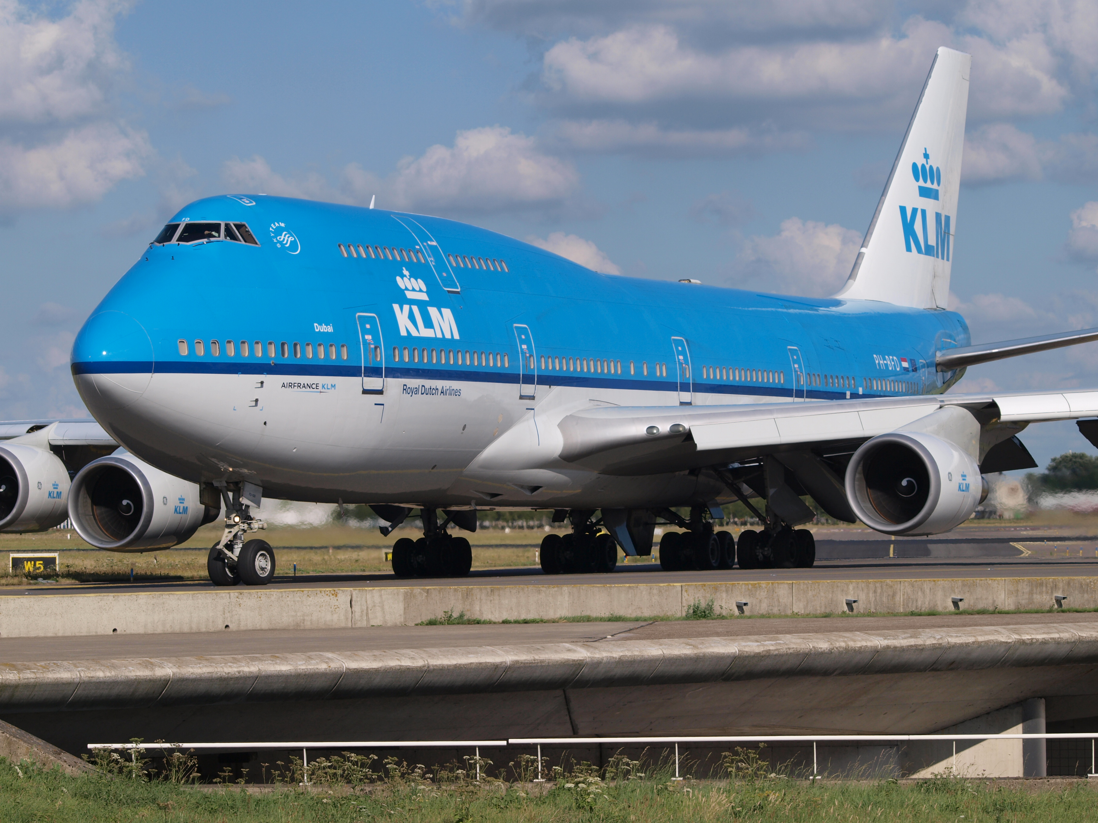 File Ph Bfd Klm Royal Dutch Airlines Boeing 747 406 M