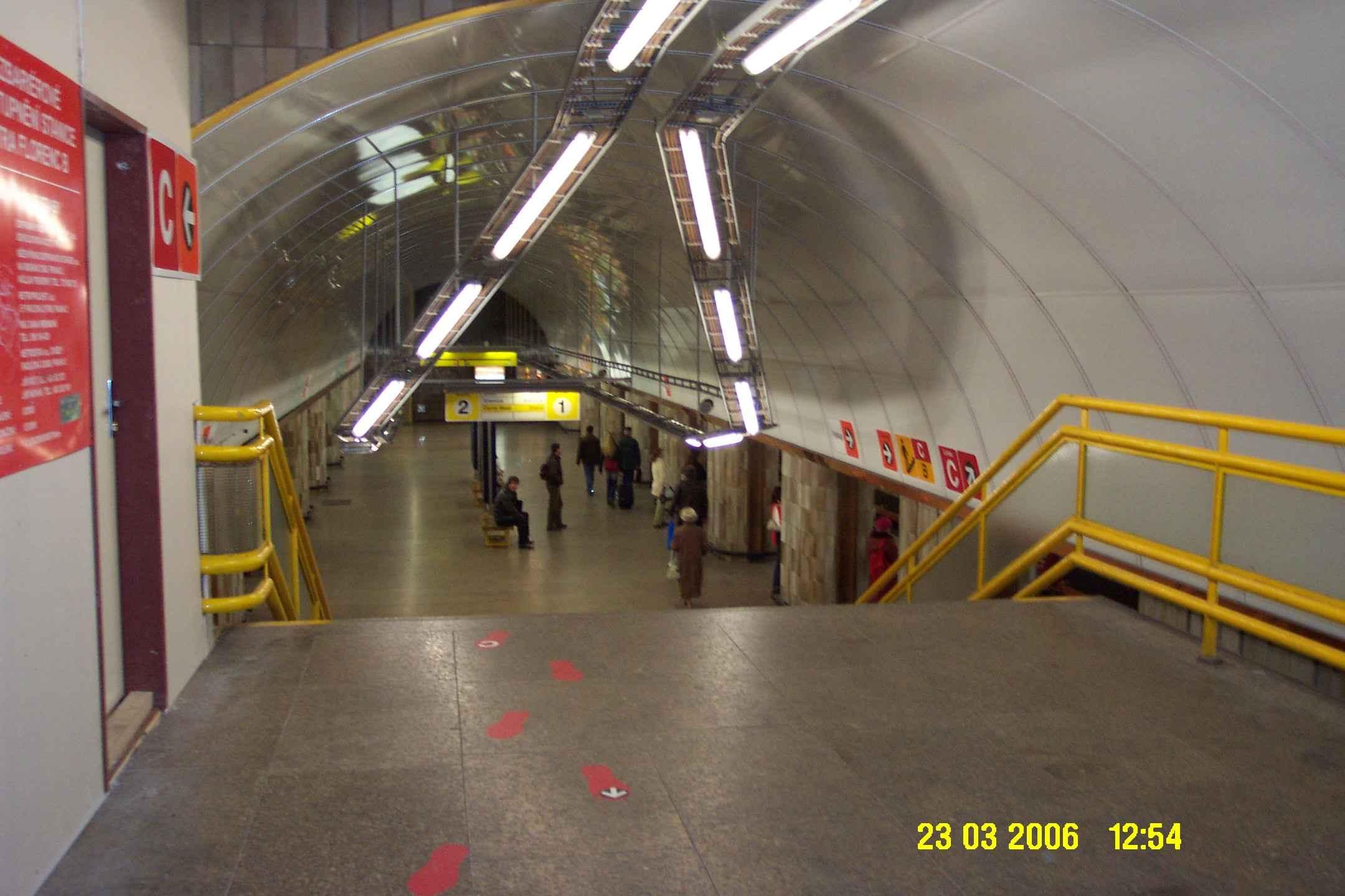 Praha Florenc Metro Iii Metrou