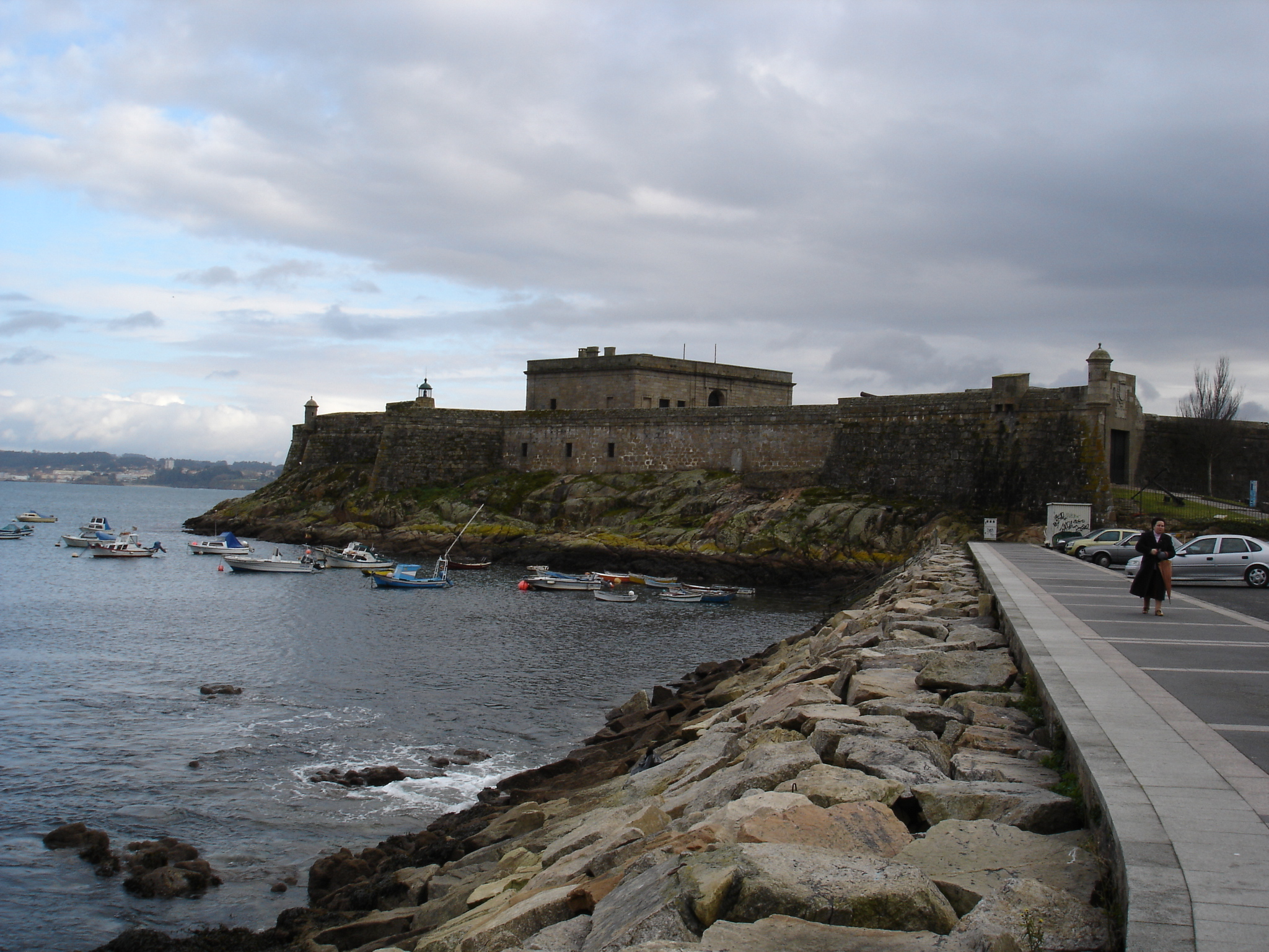 La Coruna Spain  City pictures : Description San Anton castle, La Coruna, Spain