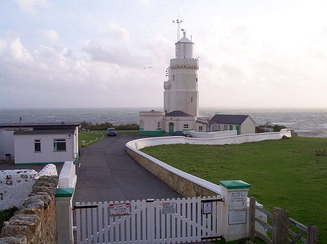 St. Catherine's Point lighthouse - geograph.org.uk - 943410