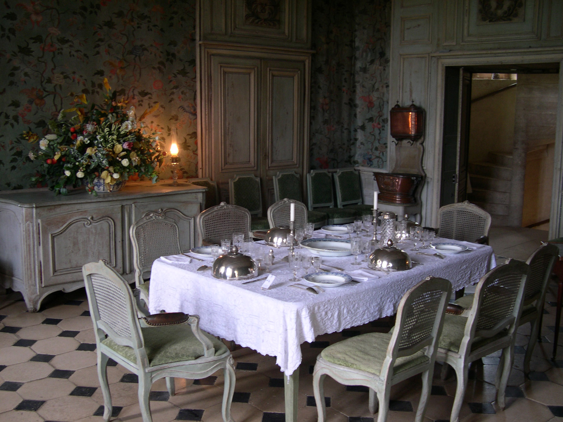 File talcy chateau interieur wikimedia commons for Interieur chateau