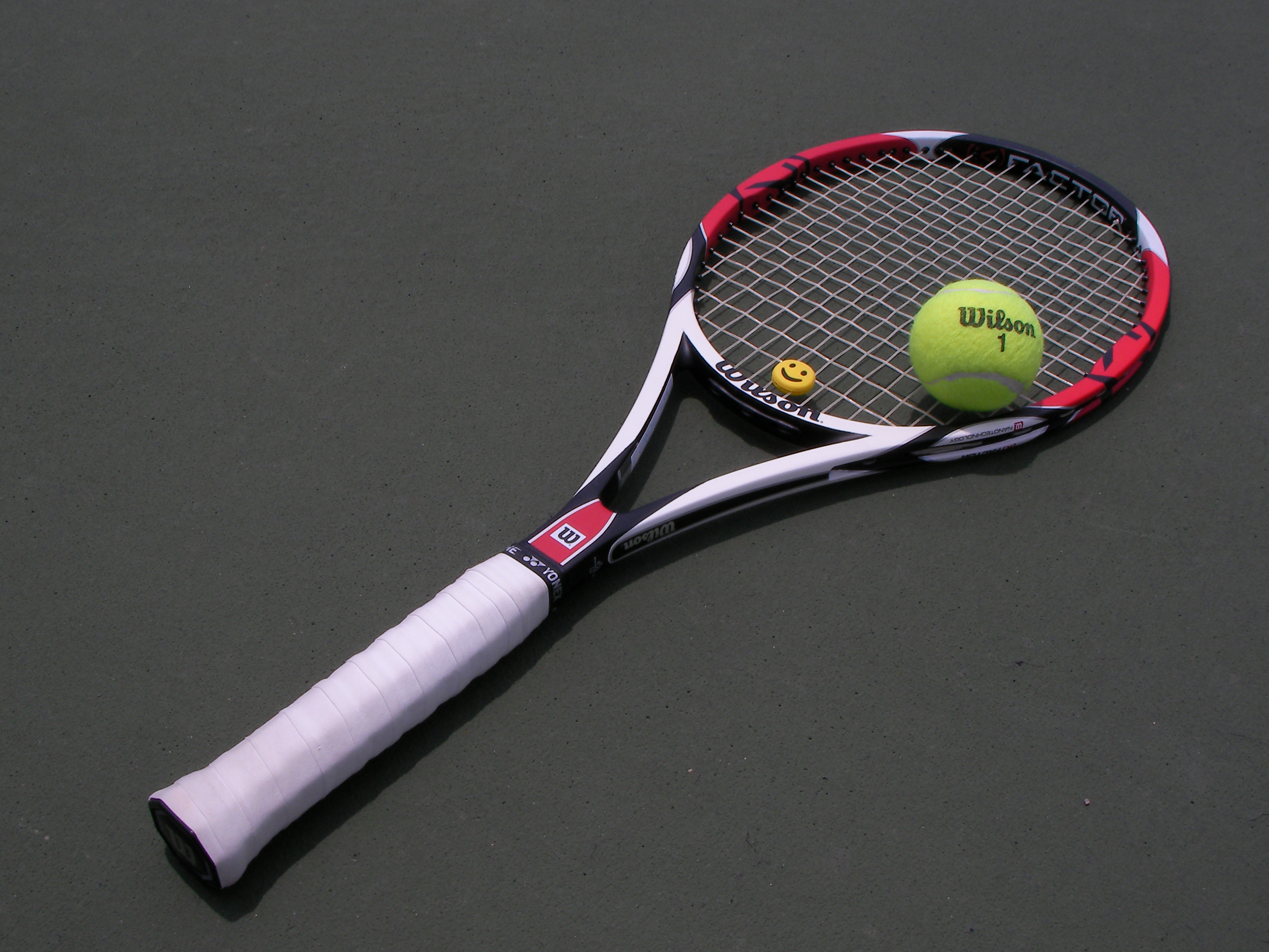 Pedaran Tennis racket and ball.JPG