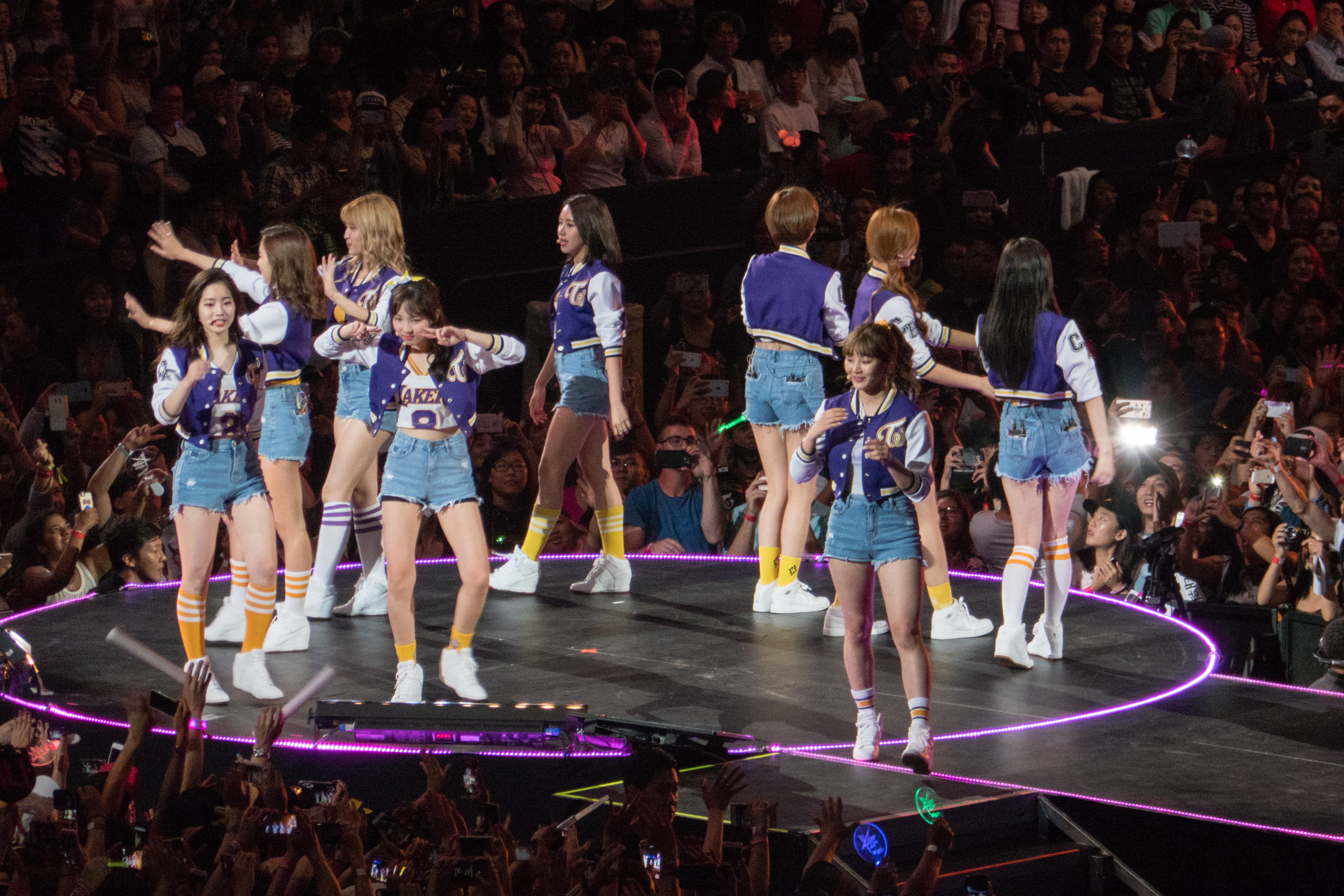 Twice live at KCON 2016 Los Angeles P %