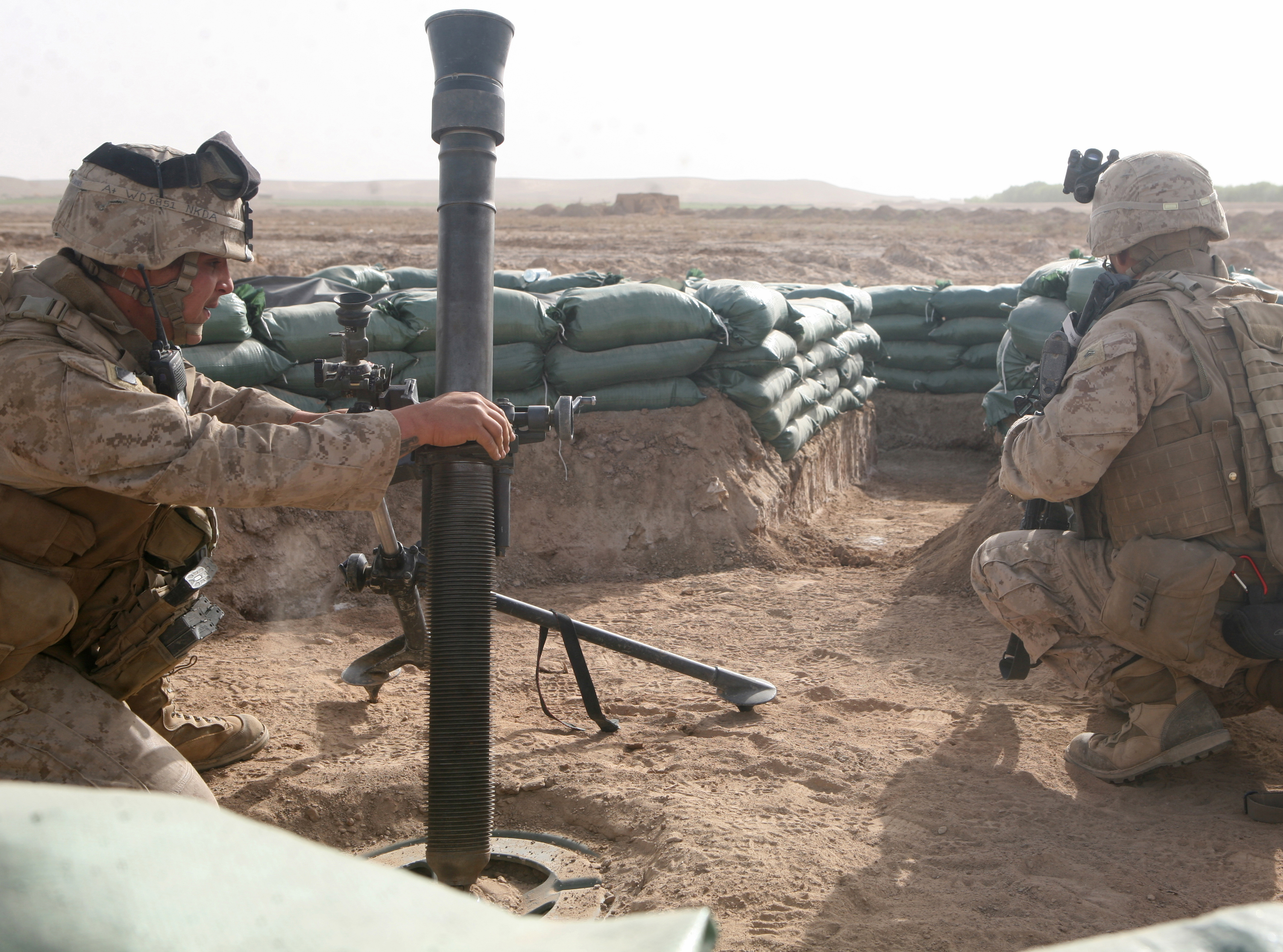 File:USMC mortarmen in Helmand province Afghanistan.jpg ...