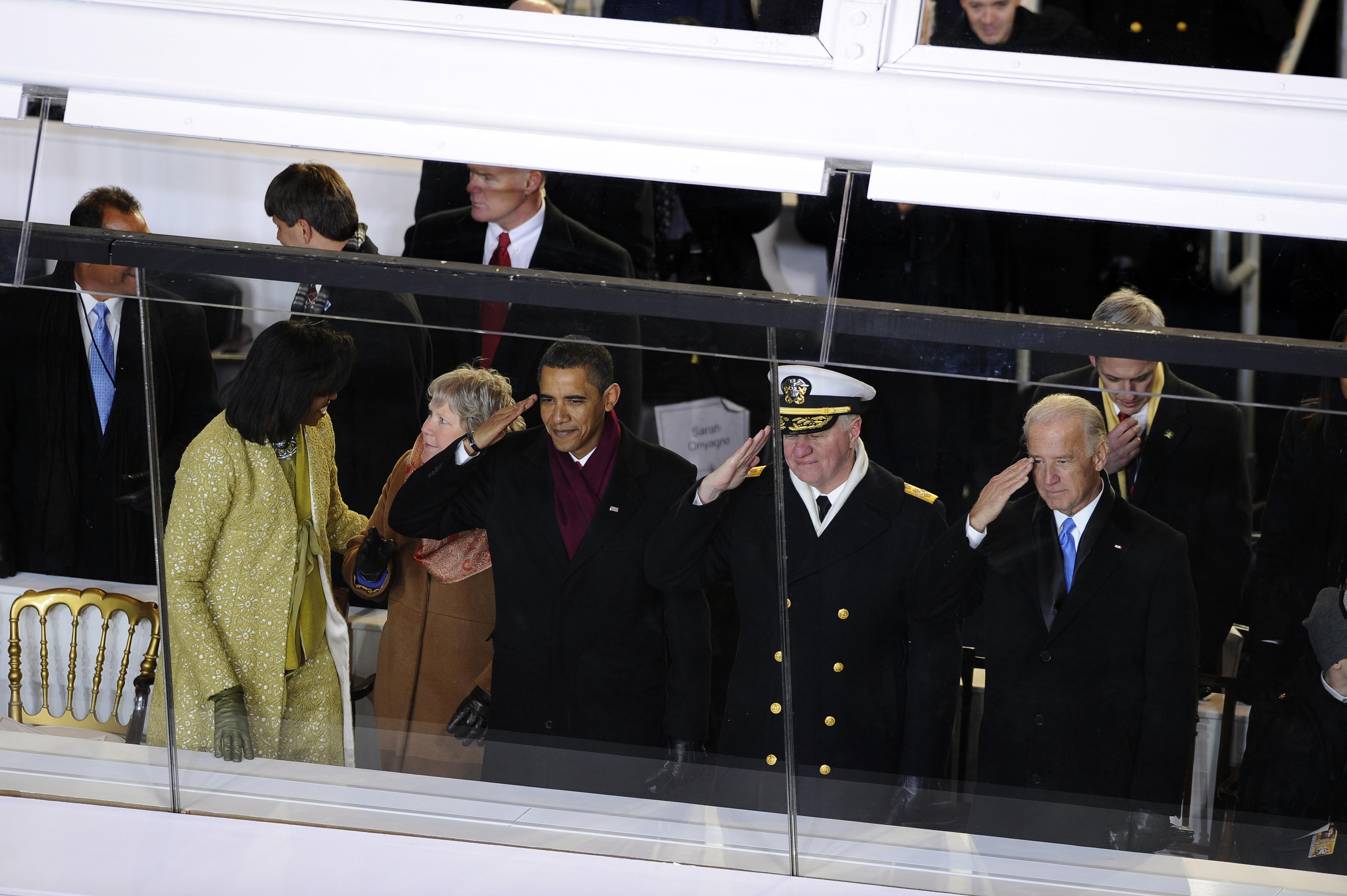 FileUS Navy 090120 F 2408G 719 President Barack Obama US Chief