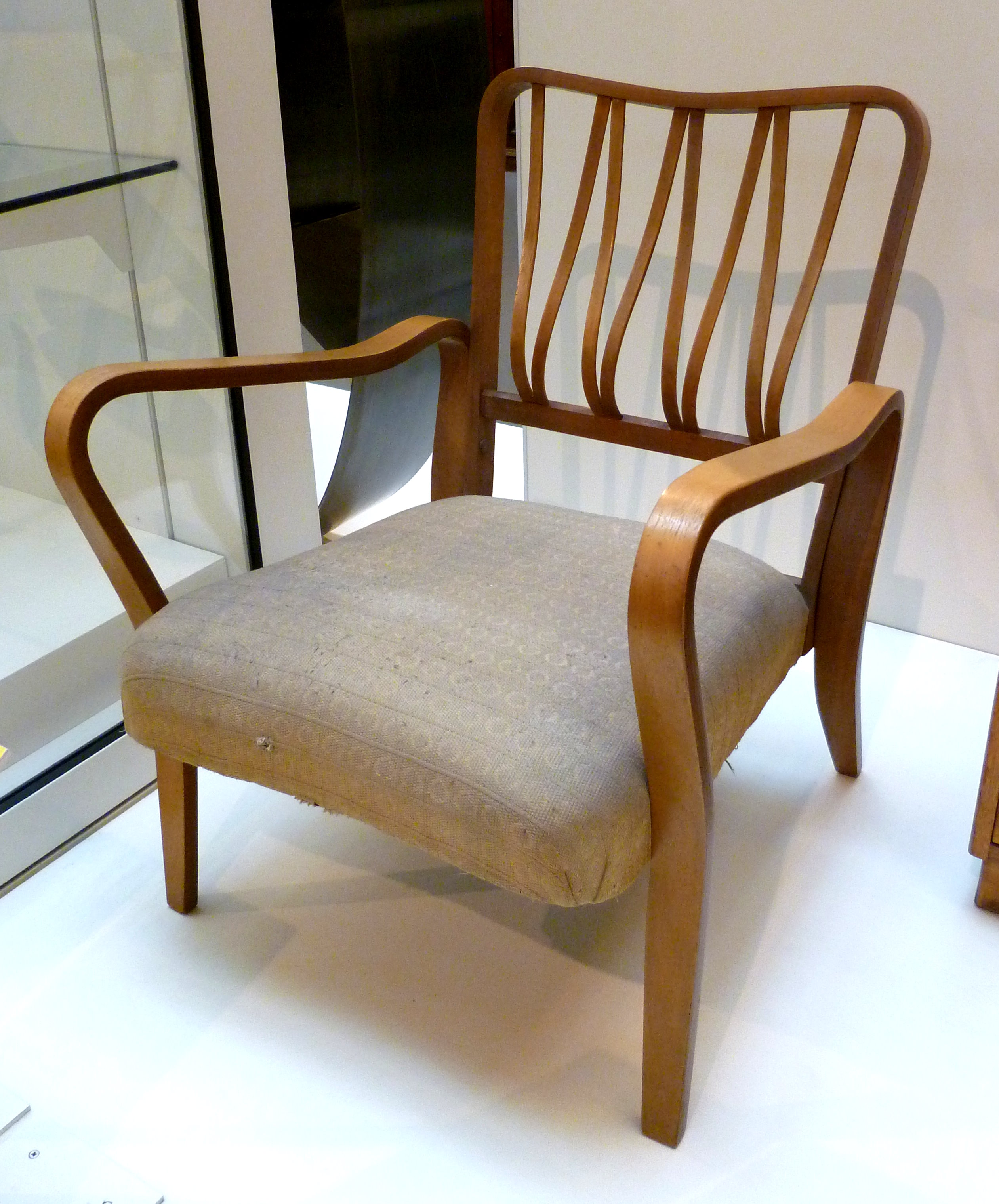 File utility chair in laminated wood 1950 52 jpg for Furniture styles wiki