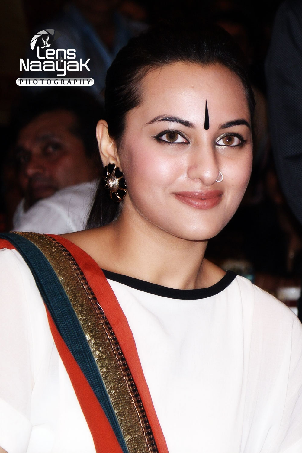 file 033 sonakshi sinhabollywood actress sonakshi sinha by camaal