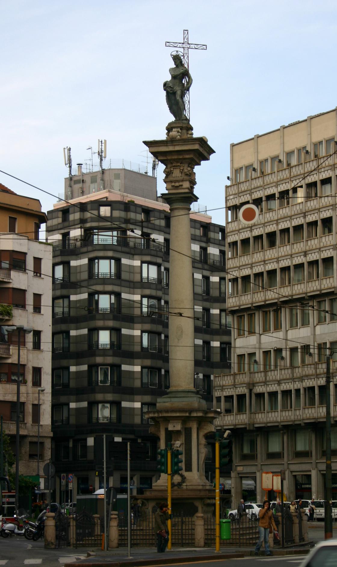Risultati immagini per colonna largo augusto milano