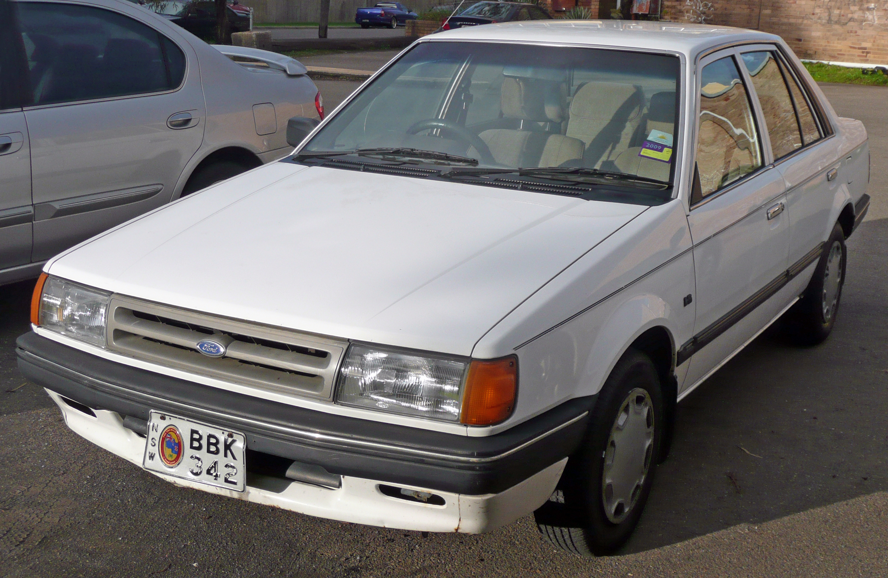File:1985-1987 Ford Meteor (GC) GL sedan 02.jpg - Wikipedia, the ...