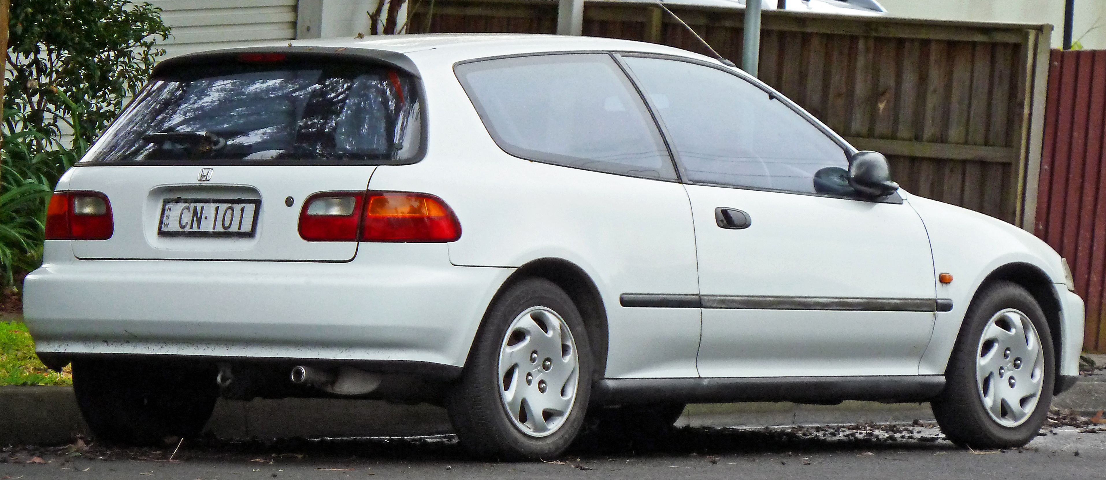 File 1991 1995 Honda Civic Breeze 3 Door Hatchback 2011 06 15 Jpg Wikimedia Commons