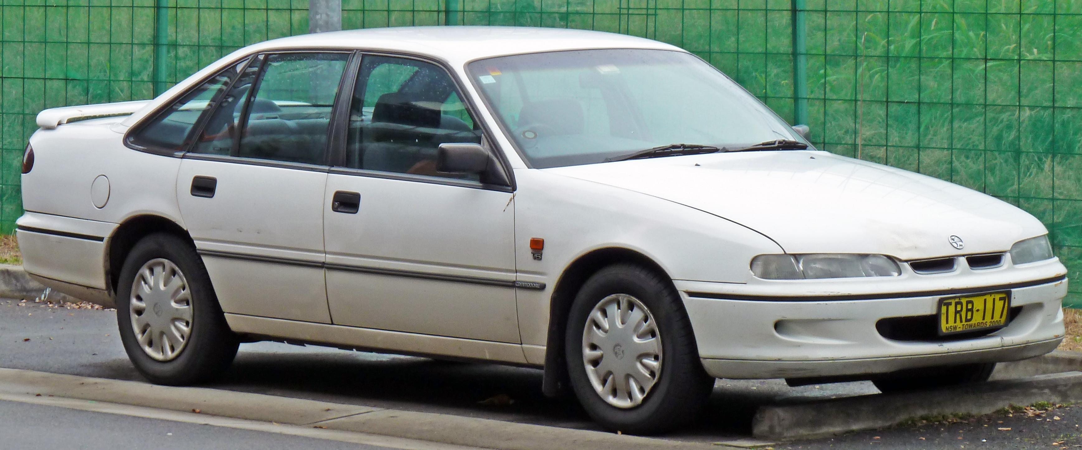 file19951996 holden vs commodore executive sedan 03jpg
