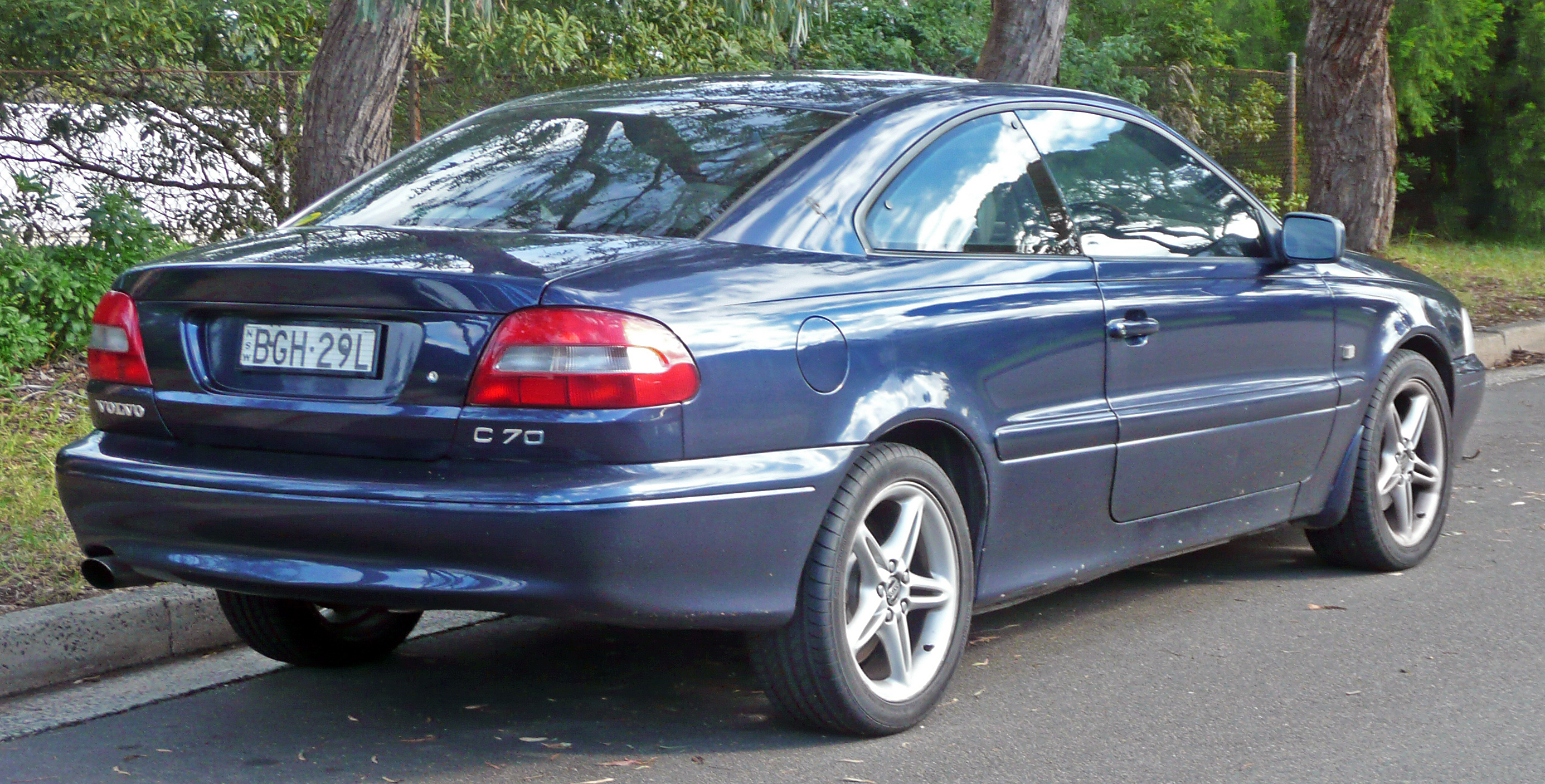 File 1998 2002 Volvo C70 Coupe 02 Jpg Wikimedia Commons