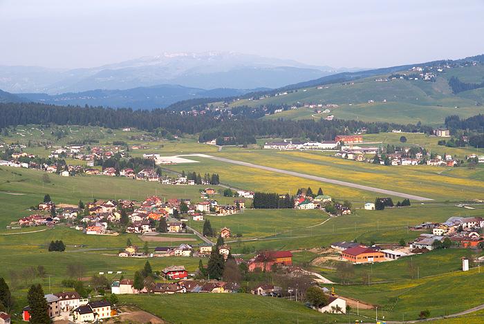 Aeroporto Vicenza : Aeroporto di asiago wikipedia