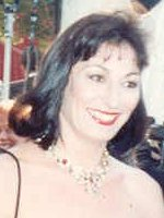 Anjelica Huston cropped.jpg
