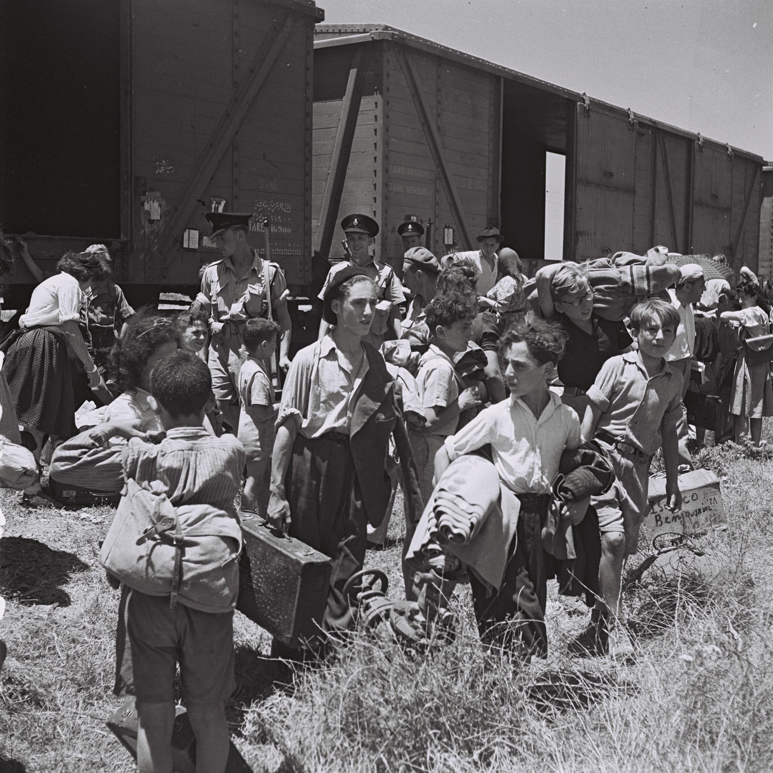 the issue of the jews emmigration during the holocaust