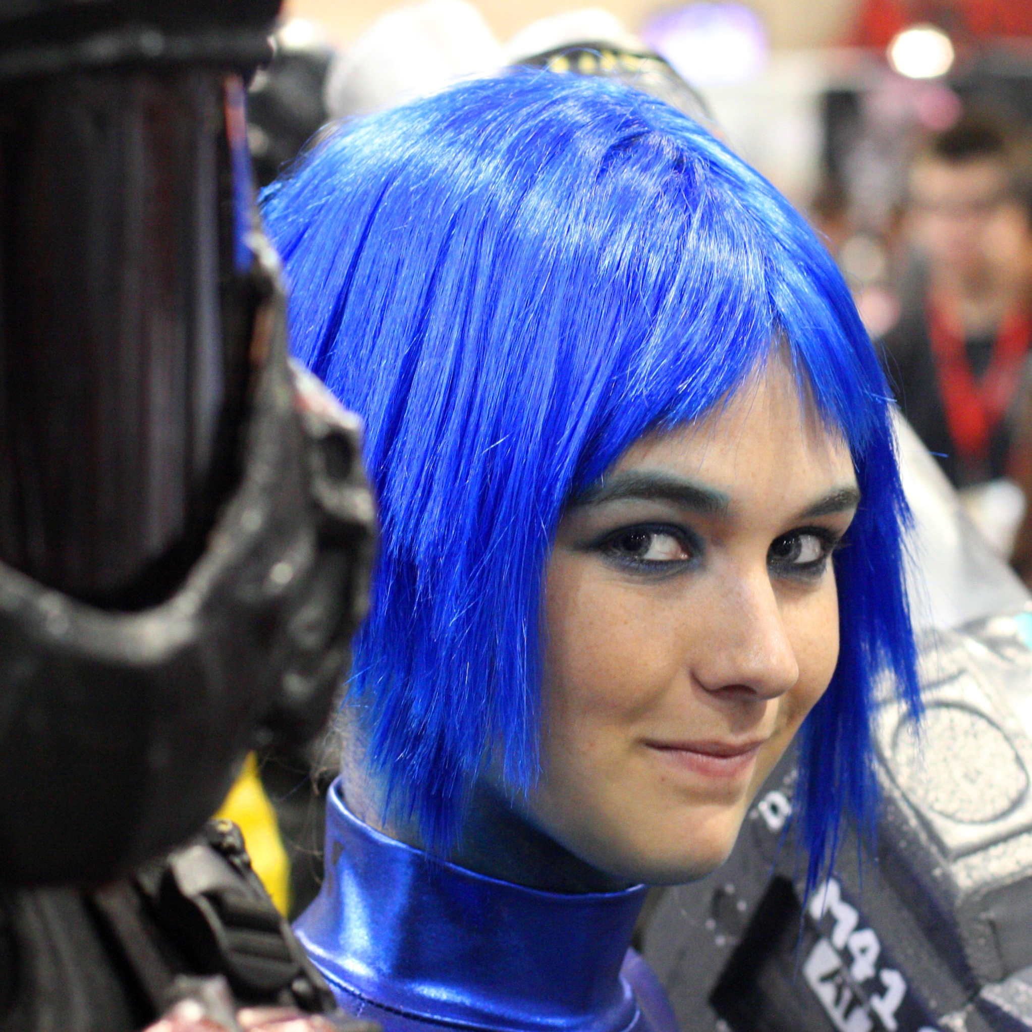 File Blue Hair Comicon 2009 Jpg Wikimedia Commons