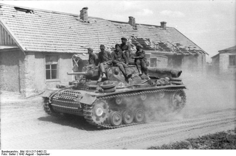 Bundesarchiv_Bild_101I-217-0492-22%2C_Ru
