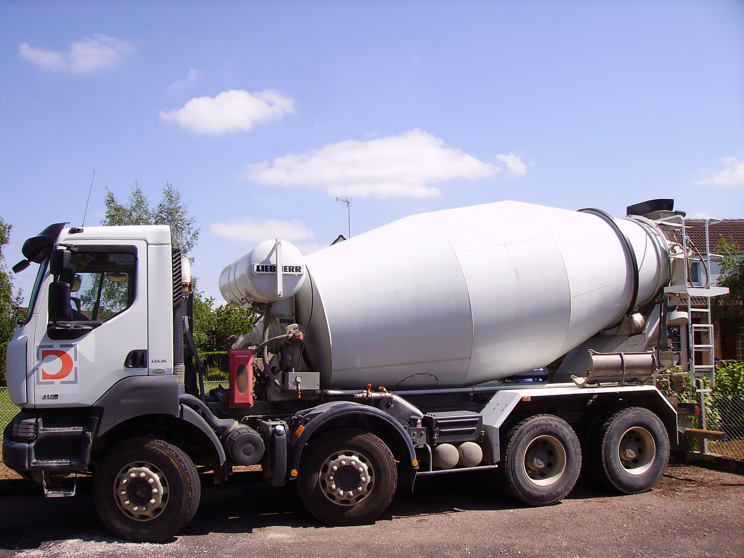 Build Your Own Cement Mixer ~ File cement mixer renault kerax g wikimedia commons