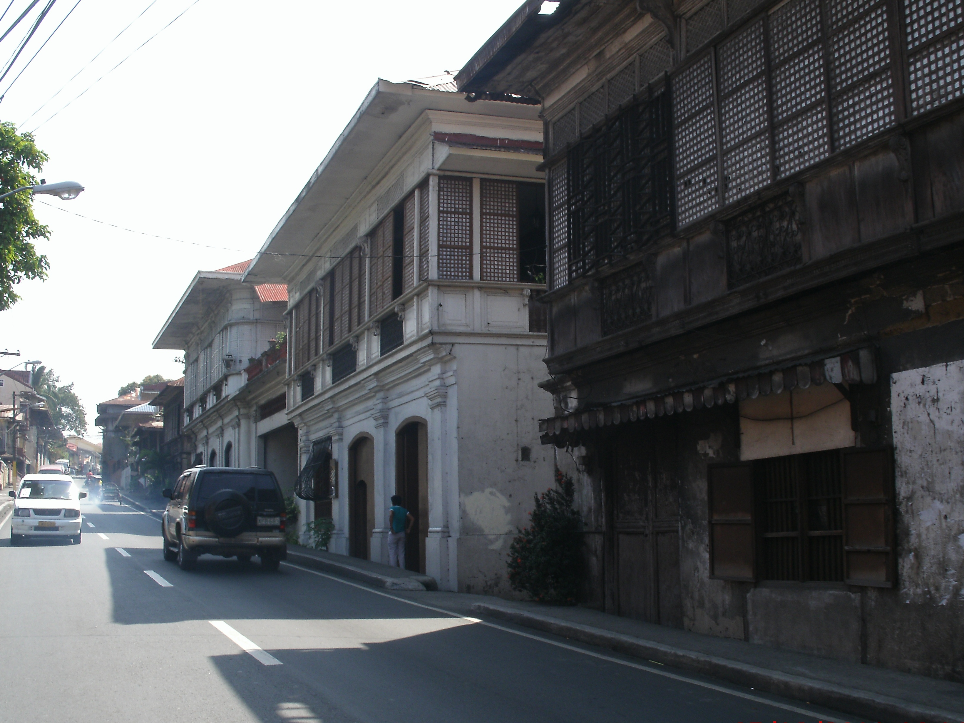 history of batangas Amidst the fast phased innovations in the modern society, taal is one of the few  places in the philippines where history remains alive parallel with the meaning.