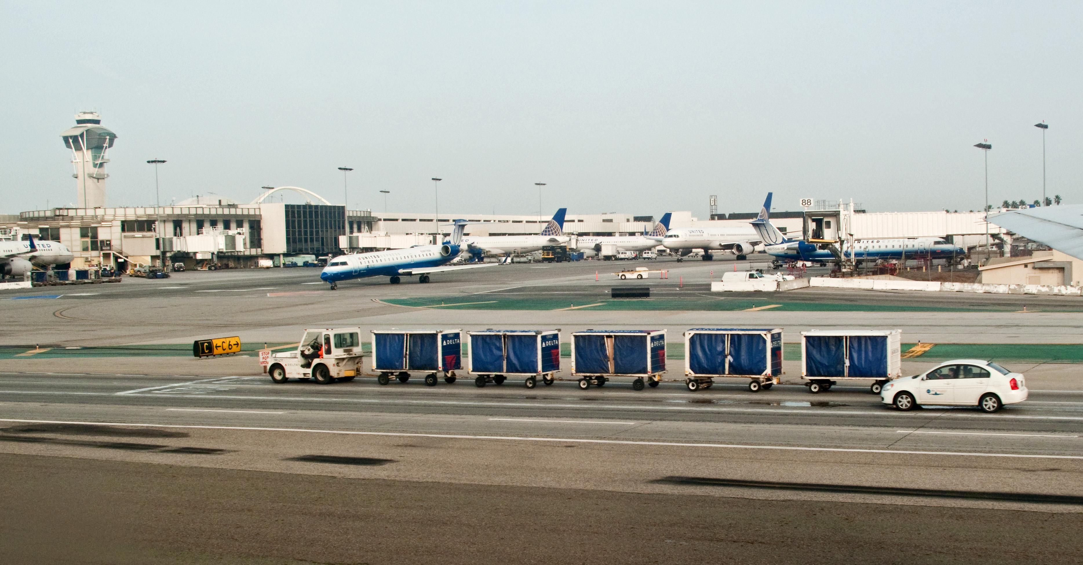 Los Angeles Airport Car Rental Best Discount Agency
