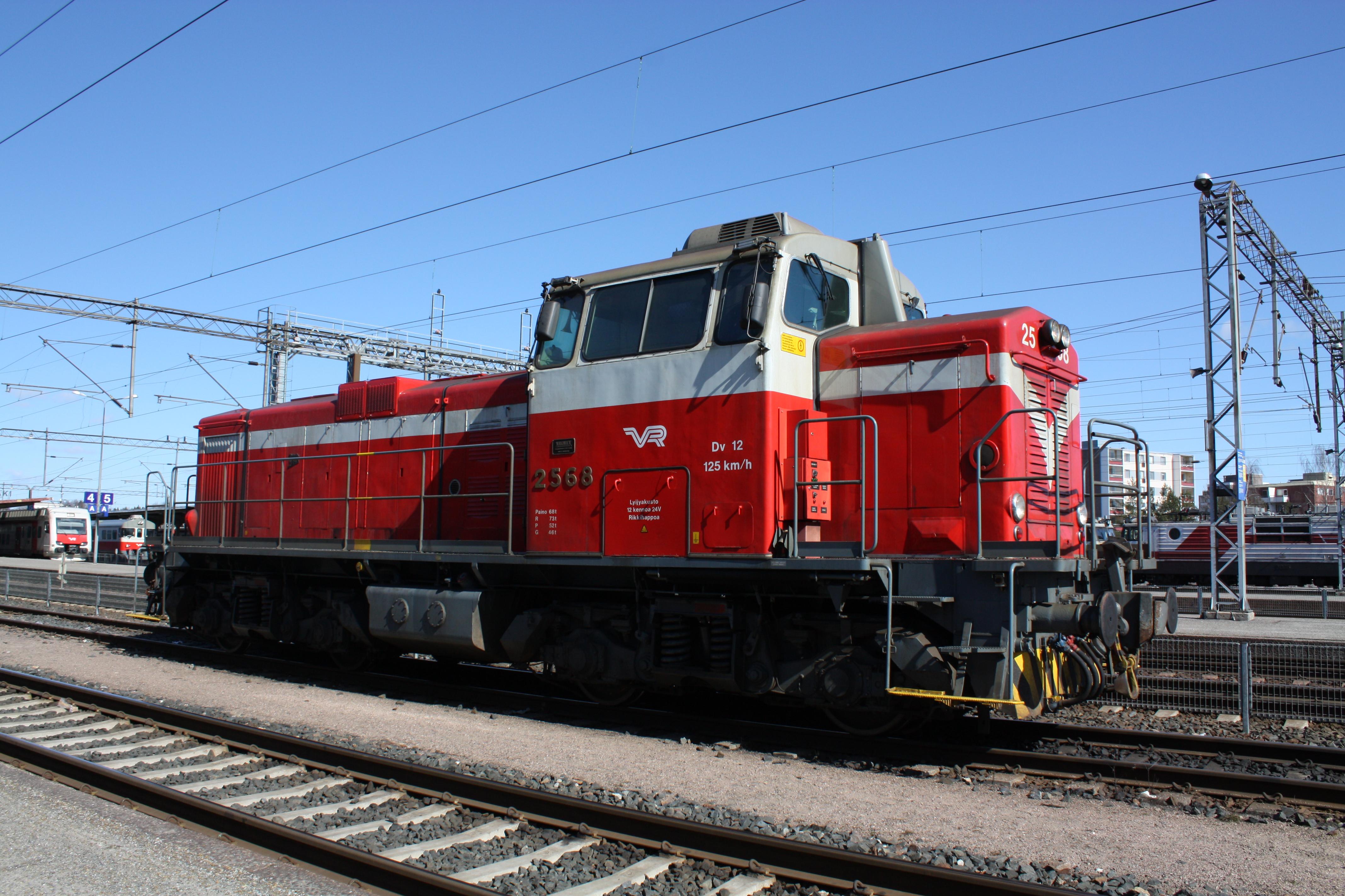 File:Dieselveturi Dv 12 2568 IM6218 C.JPG
