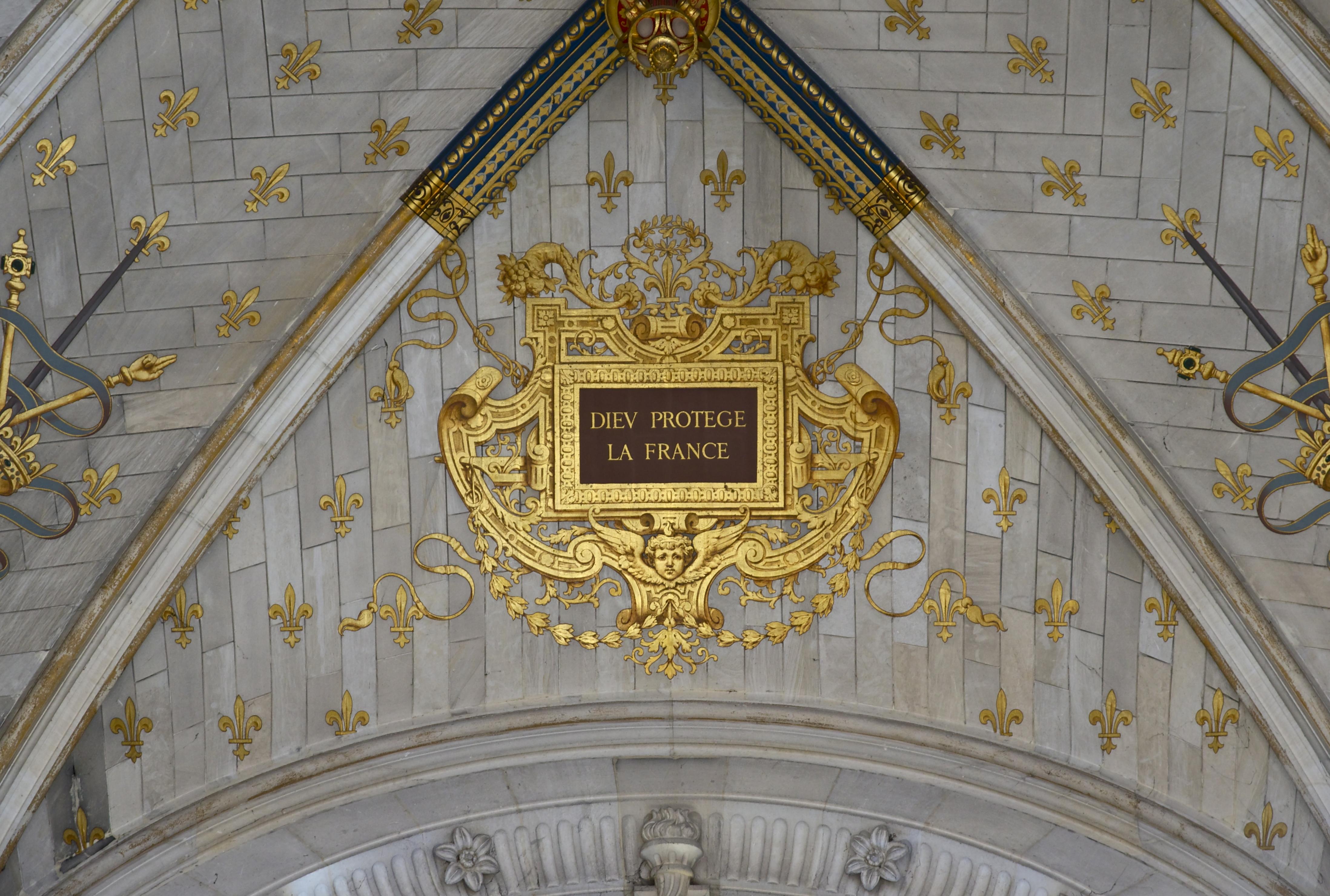 File dieu prot ge la france plafond chapelle - Plafond de la chapelle sixtine description ...
