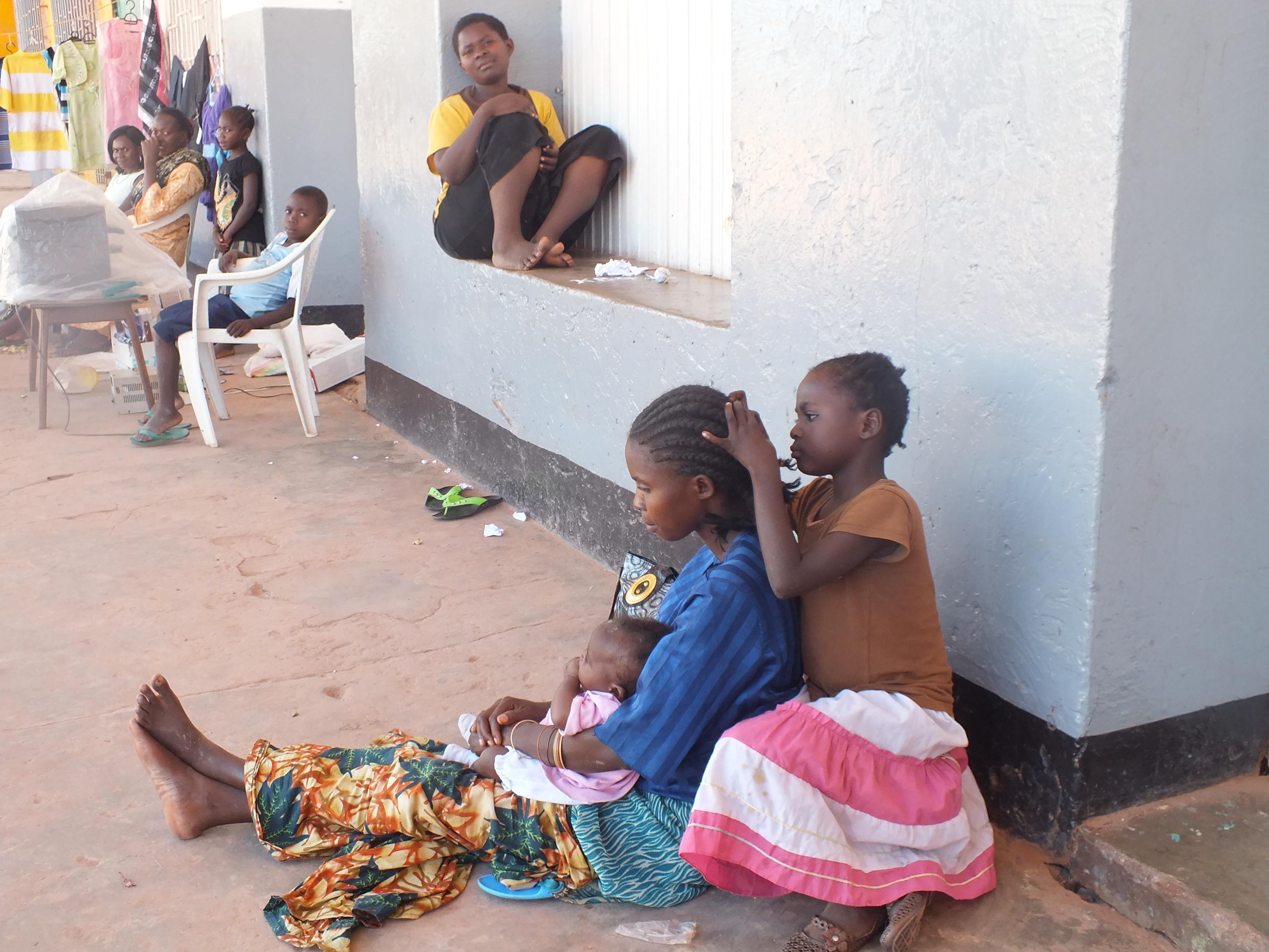 Familiar hair parlour in Congo