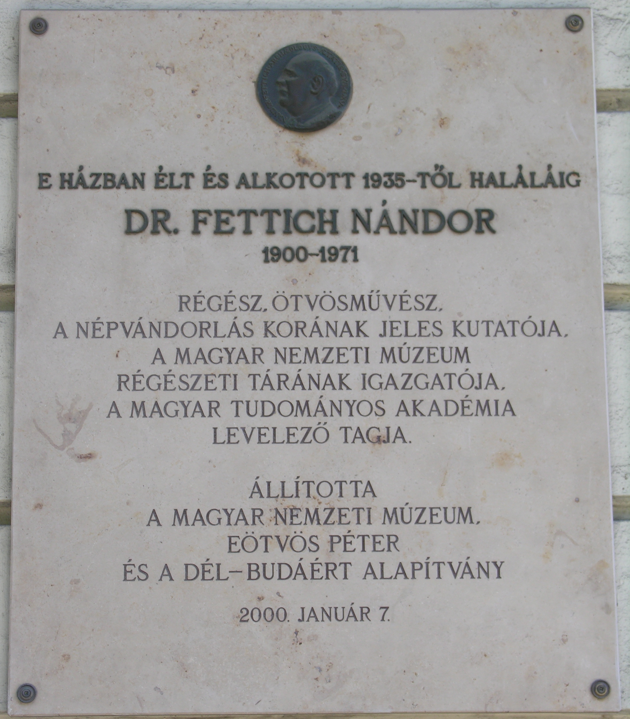 Tombstone of Nándor Fettich