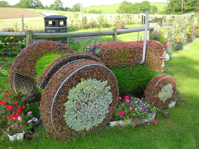 Floral Tribute to Harry Ferguson, Growell - geograph.org.uk - 1482899