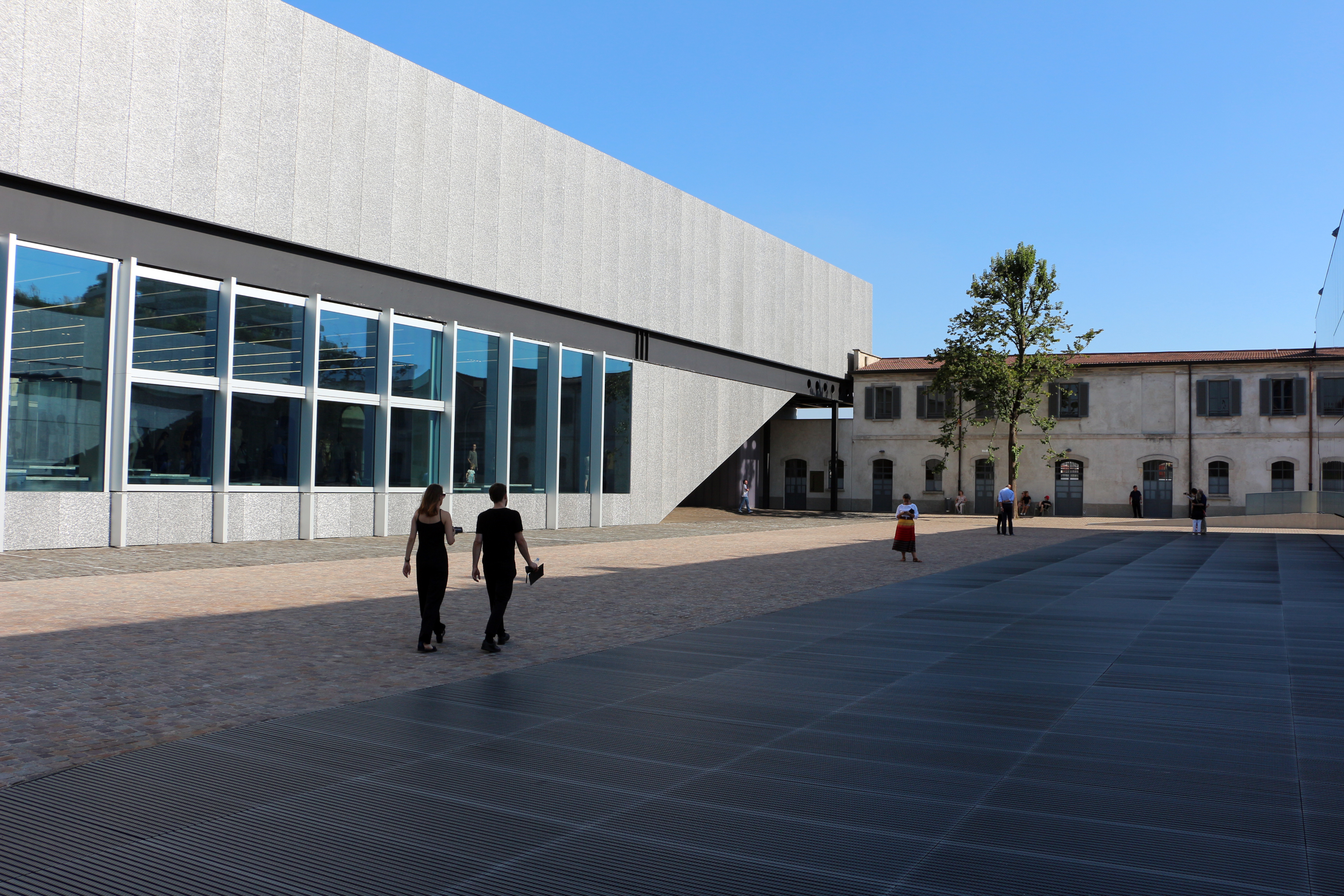 sale retailer 2c86d bdee7 Fondazione Prada - Wikipedia