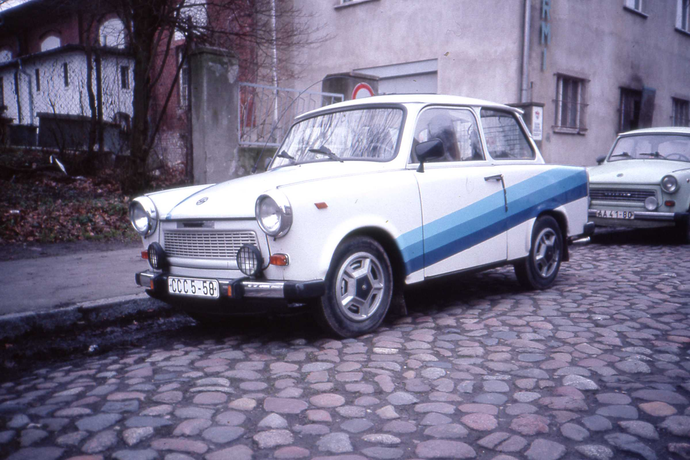 Hot_Trabant_in_DDR_times%2C_Neubrandenbu