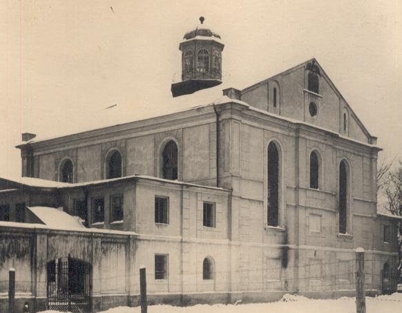https://upload.wikimedia.org/wikipedia/commons/5/5a/Kalisz_Wielka_Synagoga_1940.png