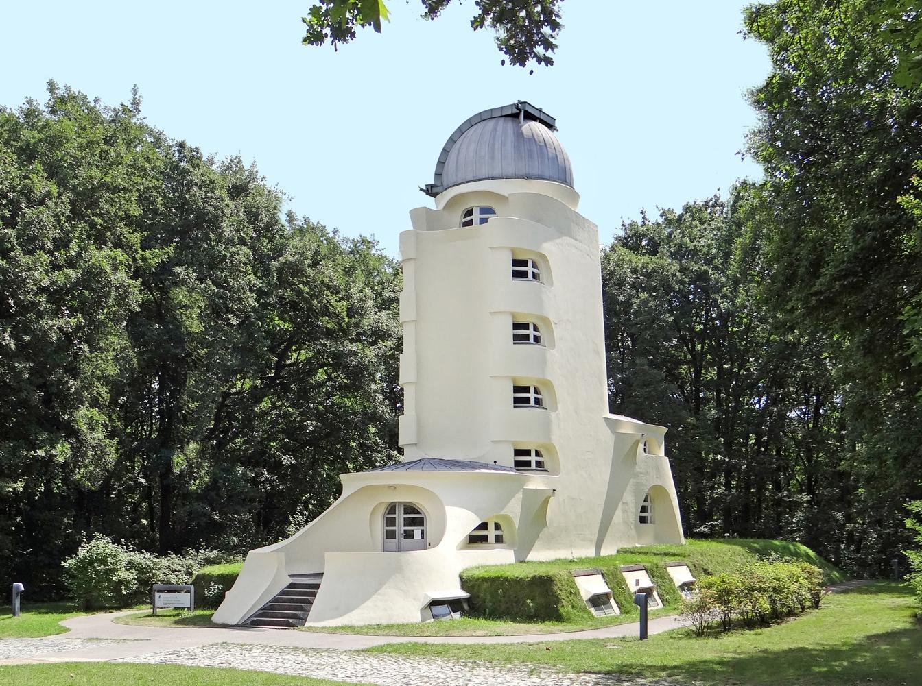 Giardini Per Case Moderne file:la tour einstein (potsdam, allemagne) (9616566364)