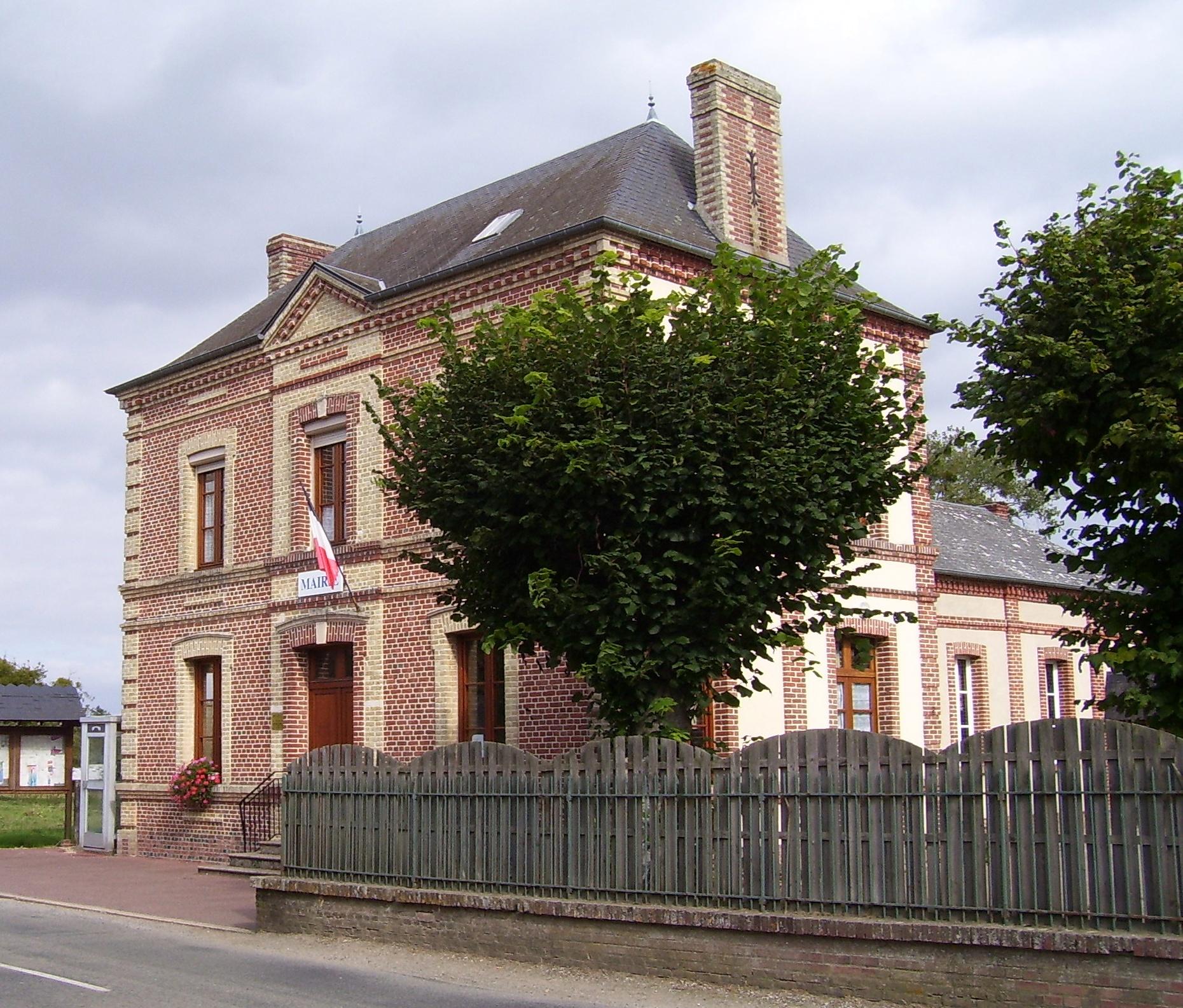 Mairie, eigenes Foto (auf commons), Lizenz: public domain/gemeinfrei