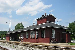 Montpelier station (2), July 2006.jpg