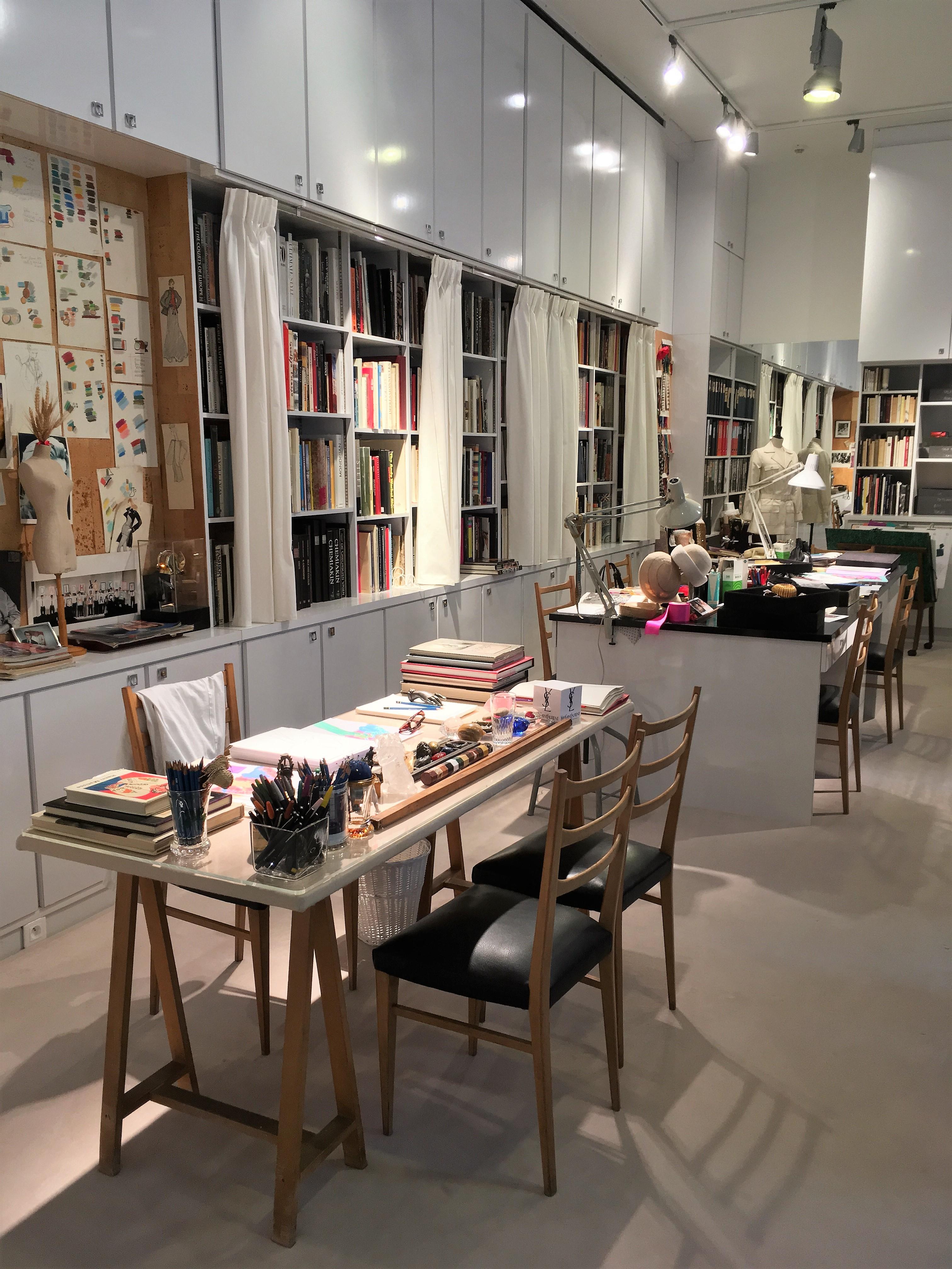 fichier mus e yves saint laurent paris atelier d 39 ysl by. Black Bedroom Furniture Sets. Home Design Ideas