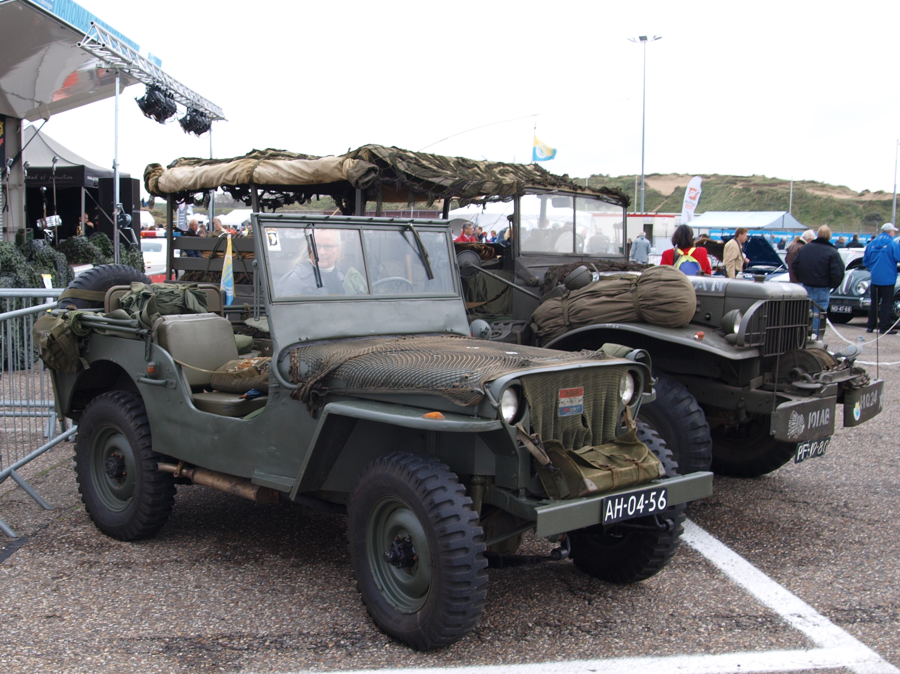 File:Nationale oldtiag Zandvoort 2010, Ford Willys jeep, AH-04 ...