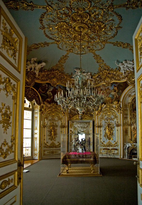 file neues schloss herrenchiemsee wikimedia commons. Black Bedroom Furniture Sets. Home Design Ideas