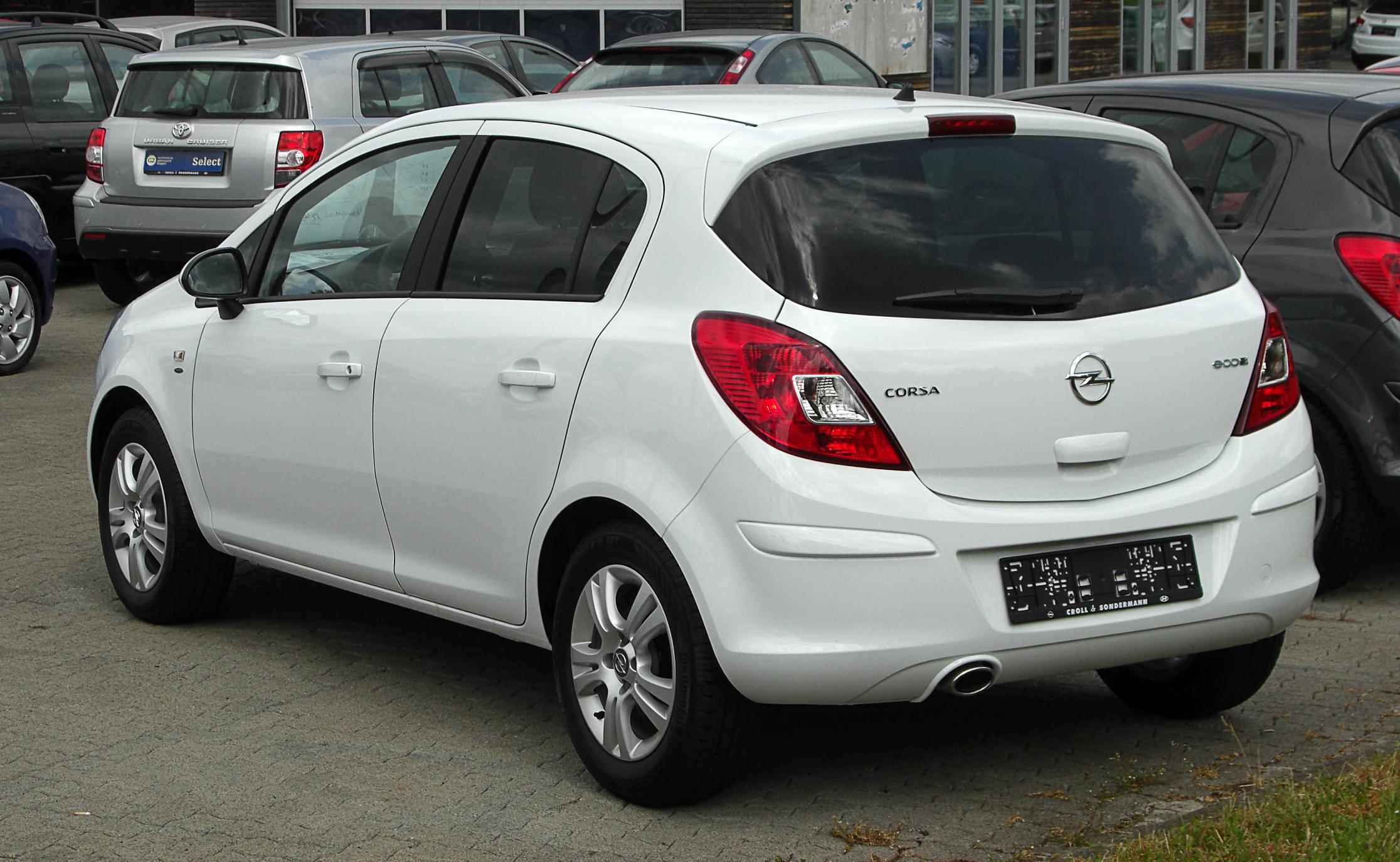 Opel Corsa 1.2 80CV 3 porte GPL-TECH Enjoy Usata a Suisio ...