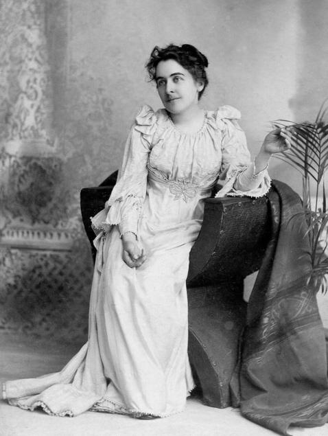 Portrait of Alice DeWolf Kellogg.jpg