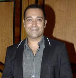Puru Raaj Kumar Indian actor (born 1970)