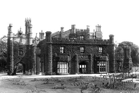 Rood Ashton House - Wikipedia