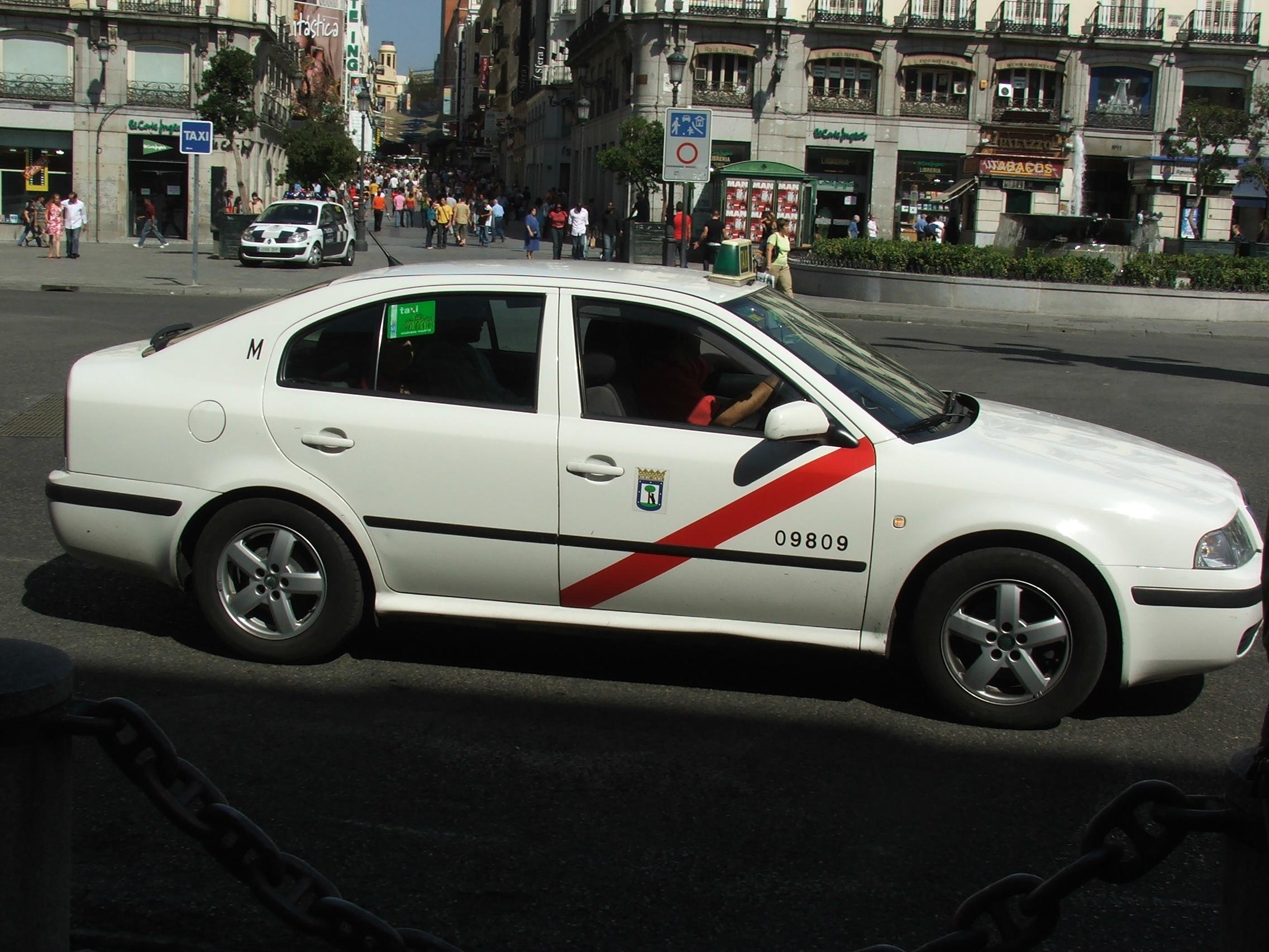 File Skoda Octavia Taxi Madrid 3859 Jpg Wikimedia Commons