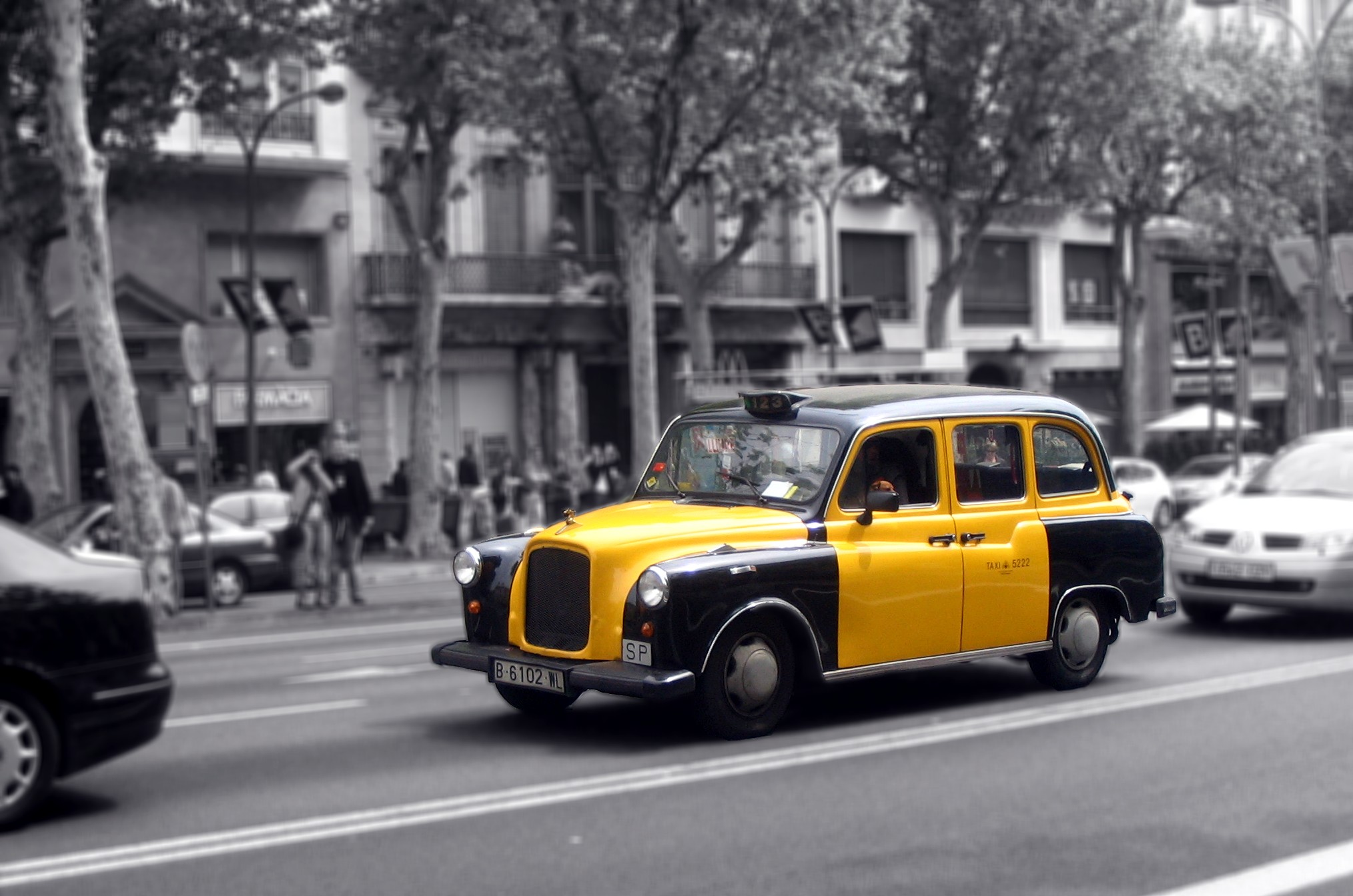 What the hell barcelona - Cab in barcelona ...