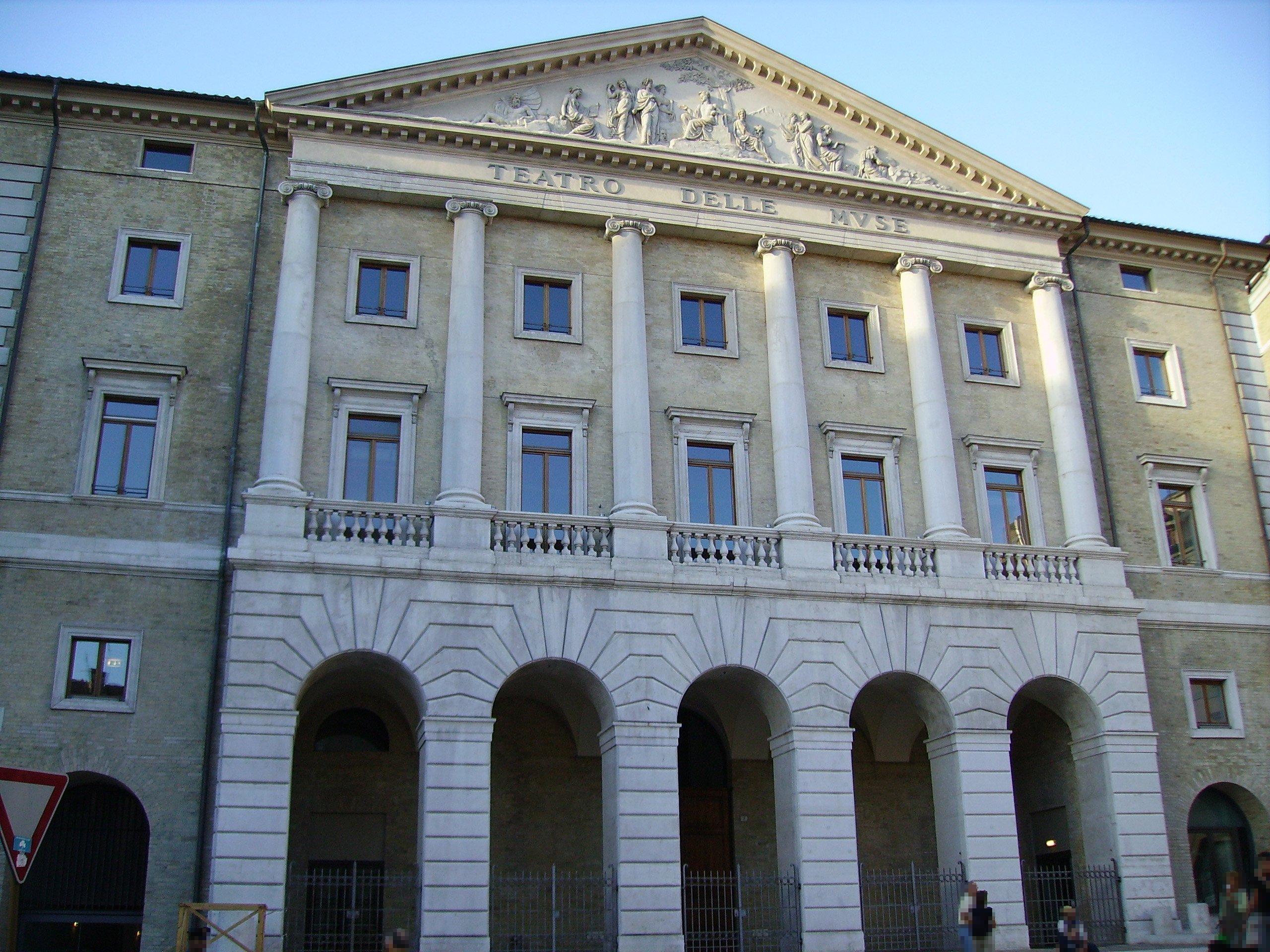 Ufficio Verde Comune Ancona : Annunci immobiliari a ancona venditaeaffitto
