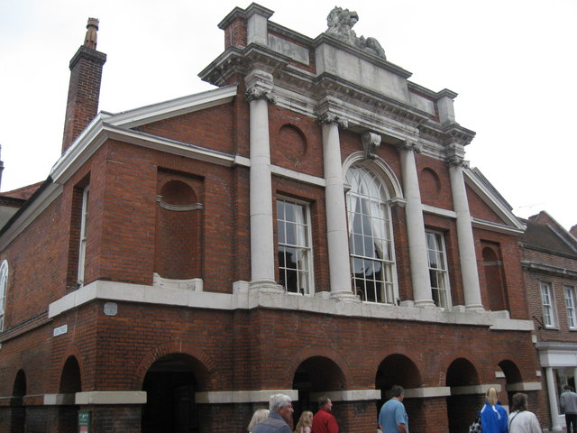 The Council Chamber and Assembly Room on the corner of North Street and Lion Street, Chichester - geograph.org.uk - 1539941.jpg