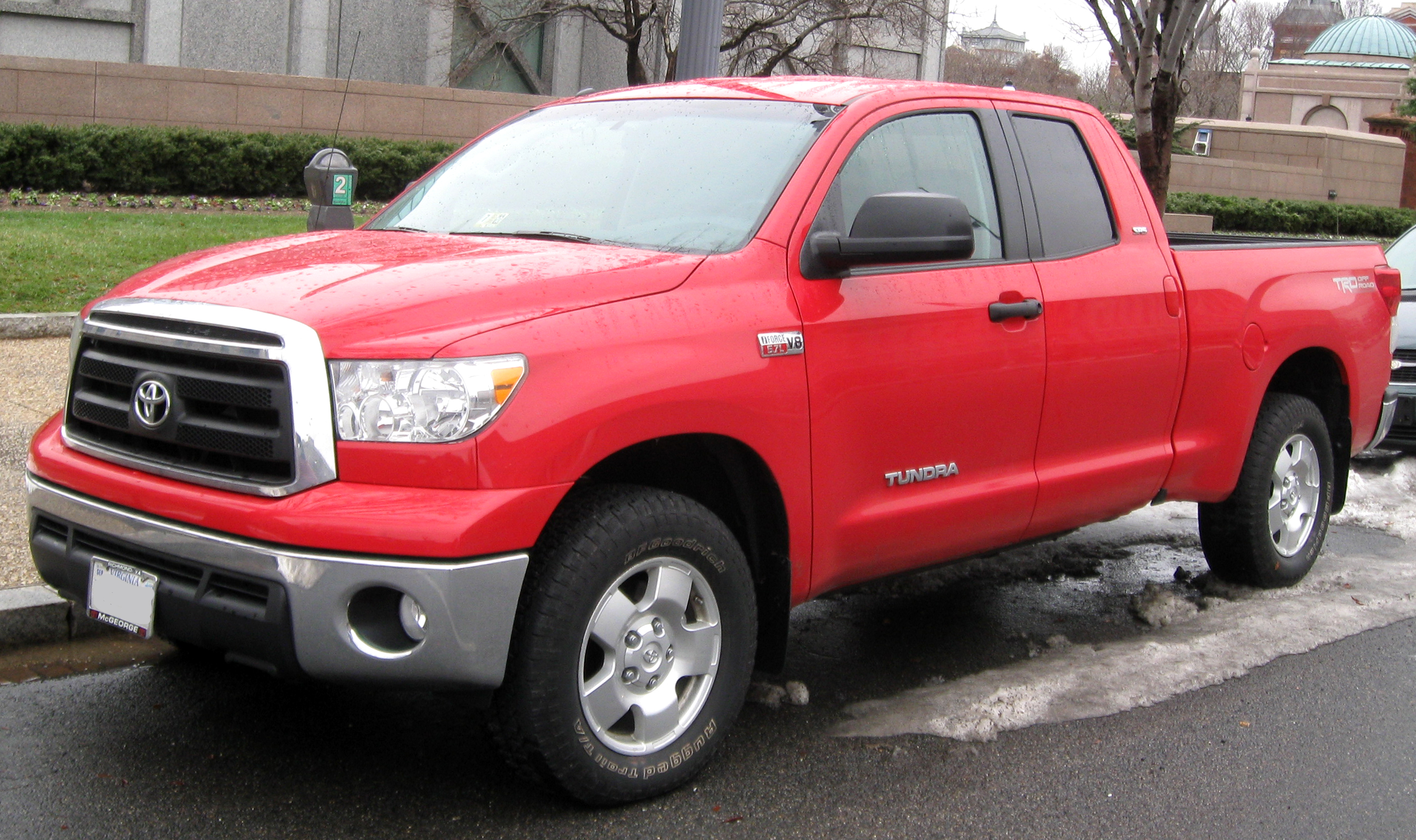 Lifted Toyota Tundra Double Cab
