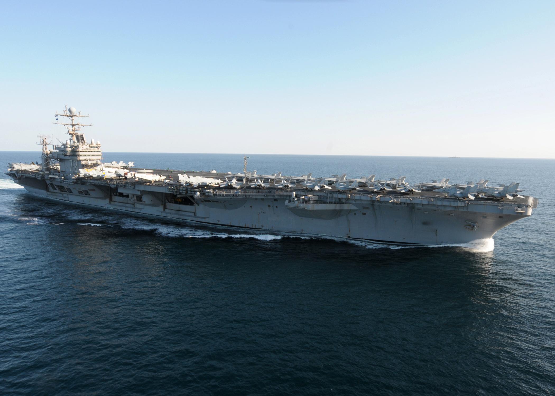 File Us Navy 101210 N 8824m 699 Uss Abraham Lincoln Cvn